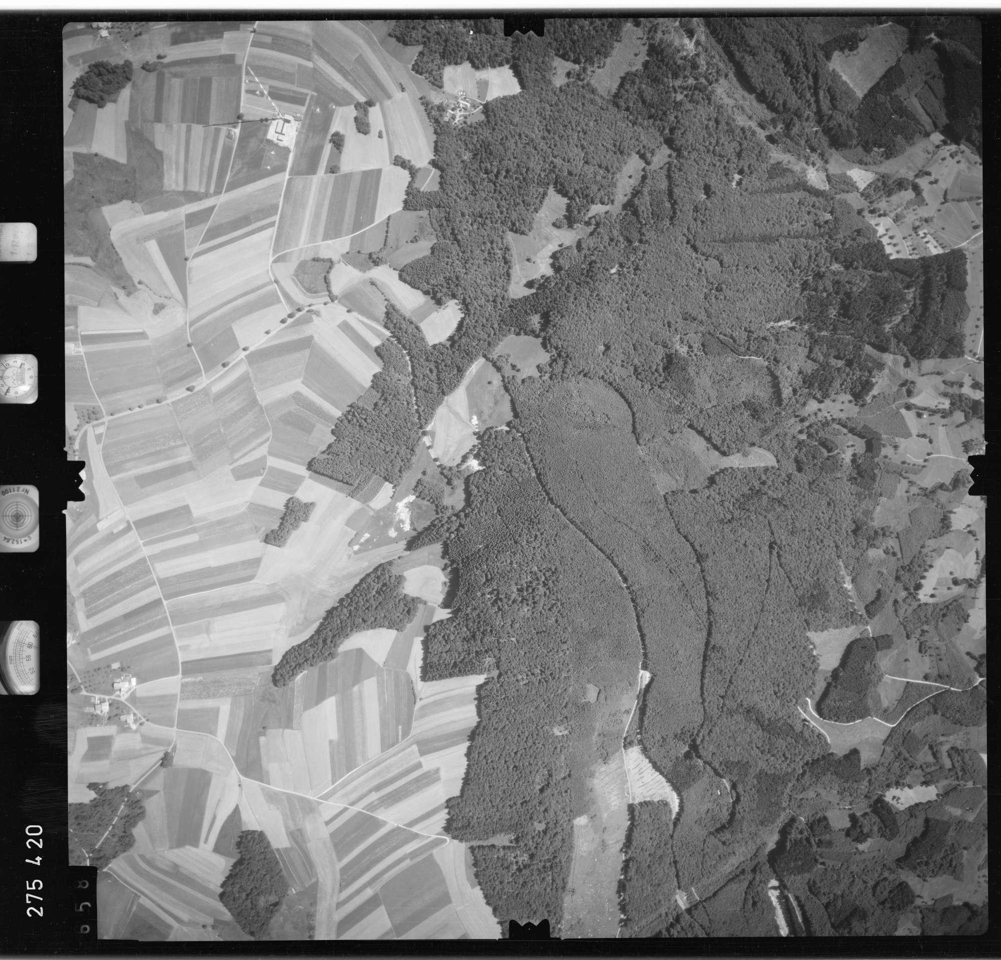 Luftbild: Film 77 Bildnr. 658, Bild 1