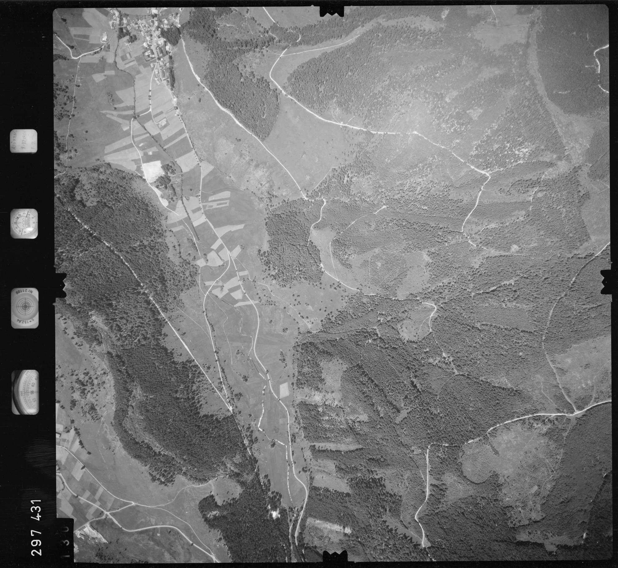 Luftbild: Film 68 Bildnr. 130, Bild 1