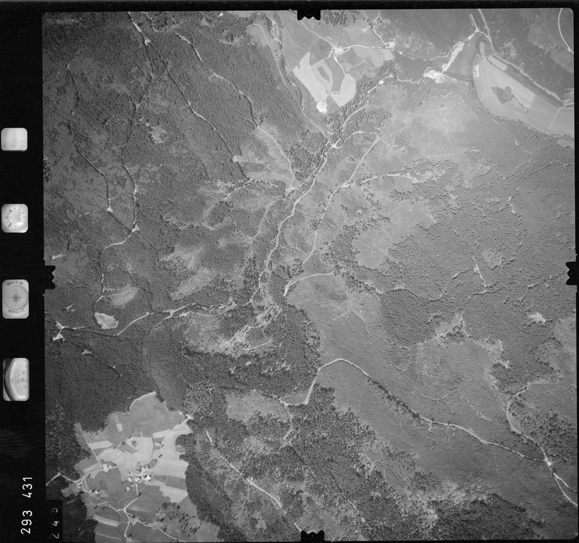 Luftbild: Film 68 Bildnr. 249, Bild 1