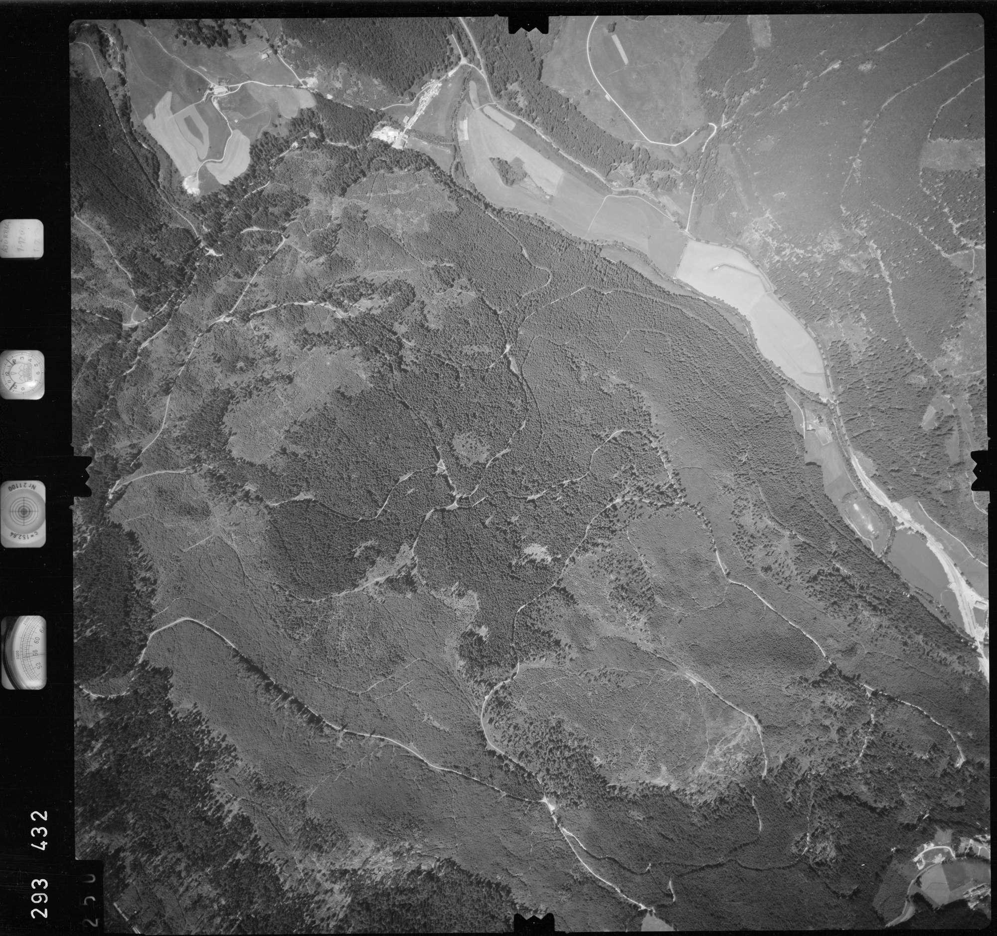 Luftbild: Film 68 Bildnr. 250, Bild 1