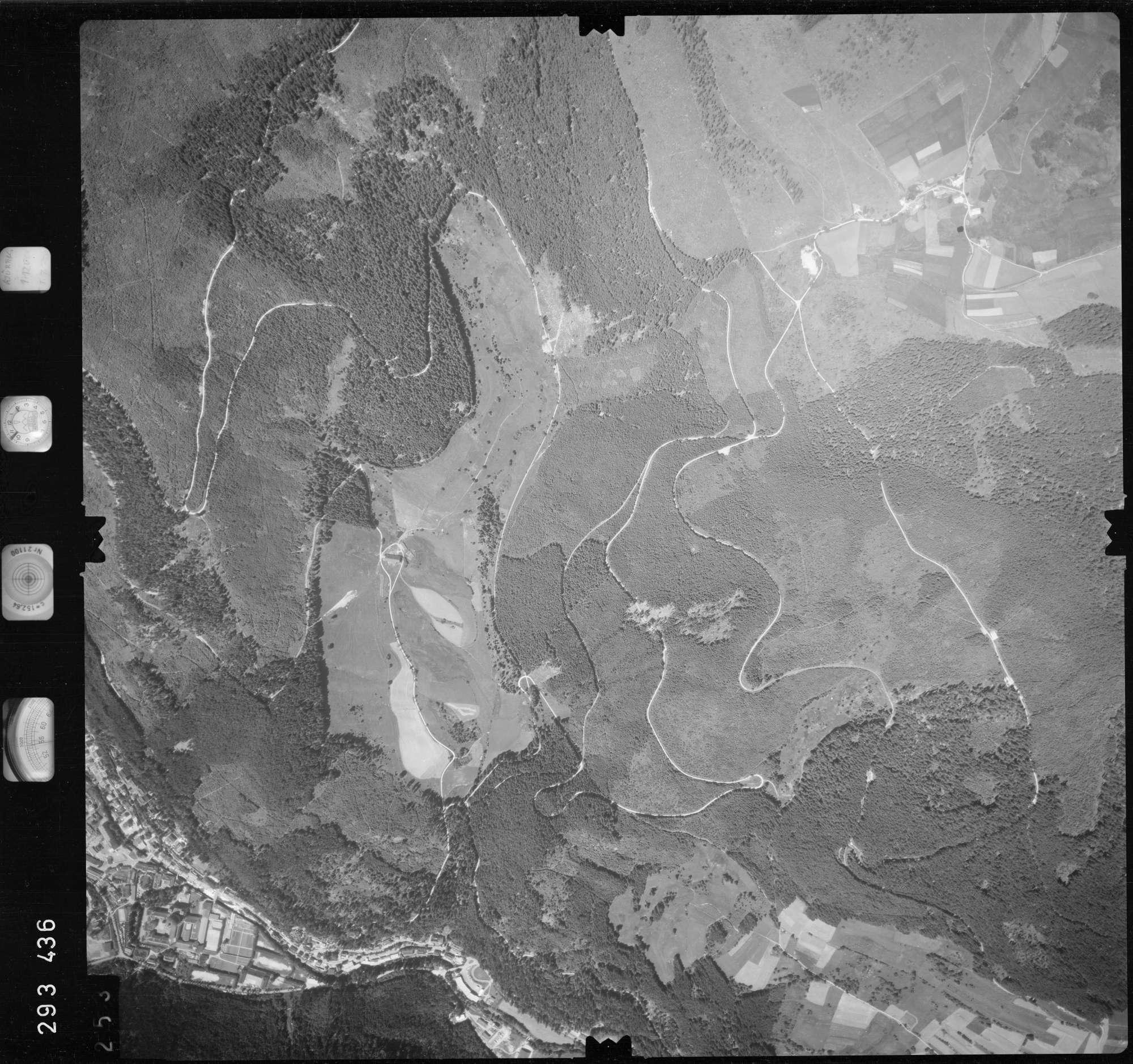 Luftbild: Film 68 Bildnr. 253, Bild 1