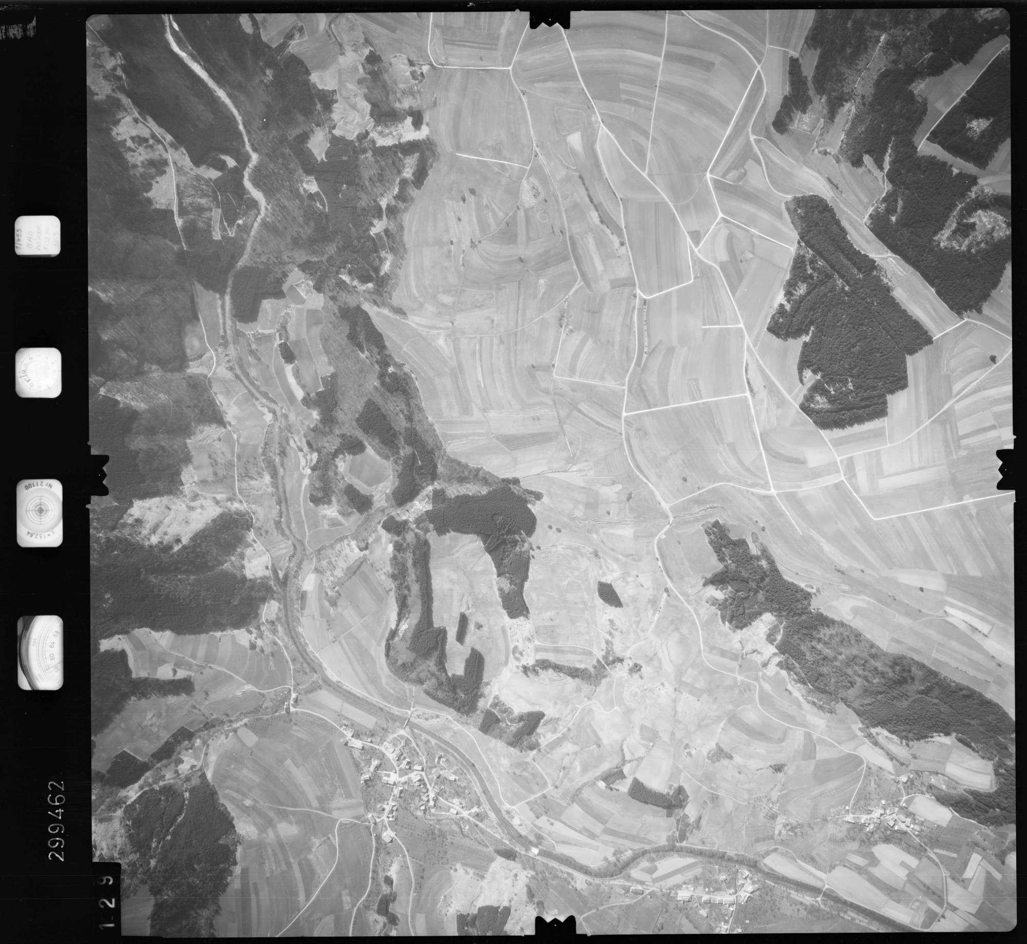 Luftbild: Film 66 Bildnr. 129, Bild 1