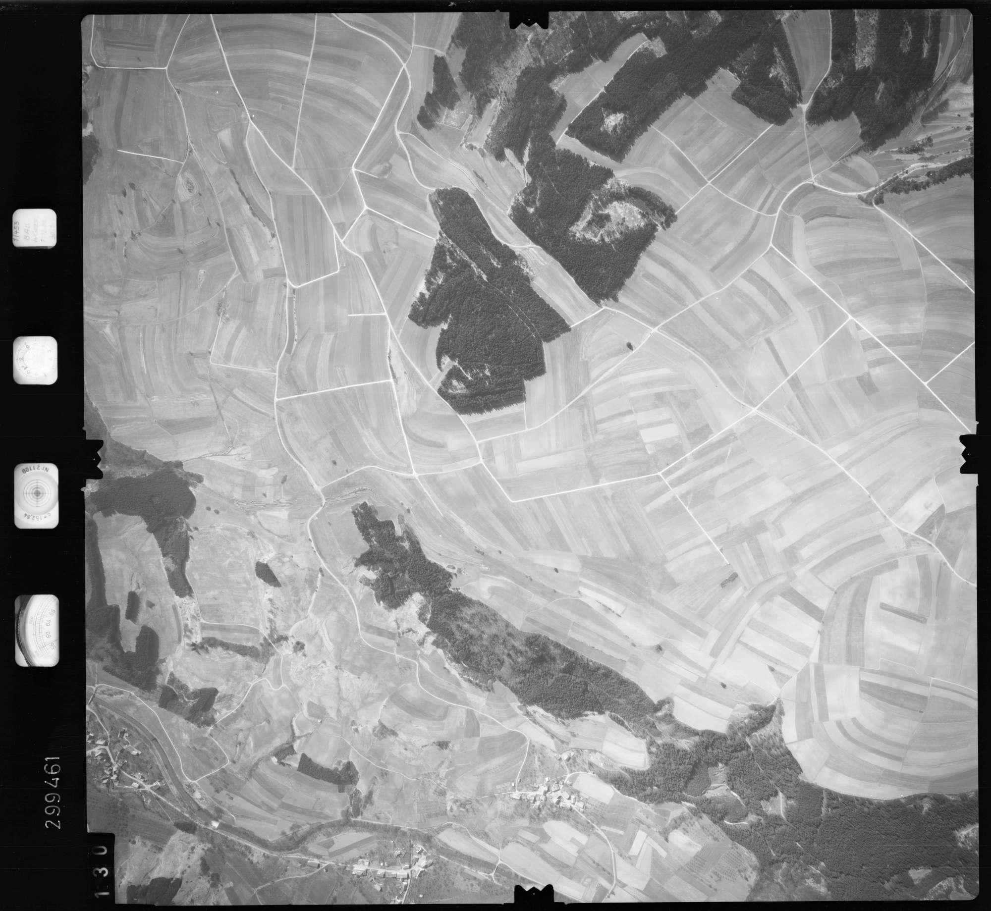 Luftbild: Film 66 Bildnr. 130, Bild 1