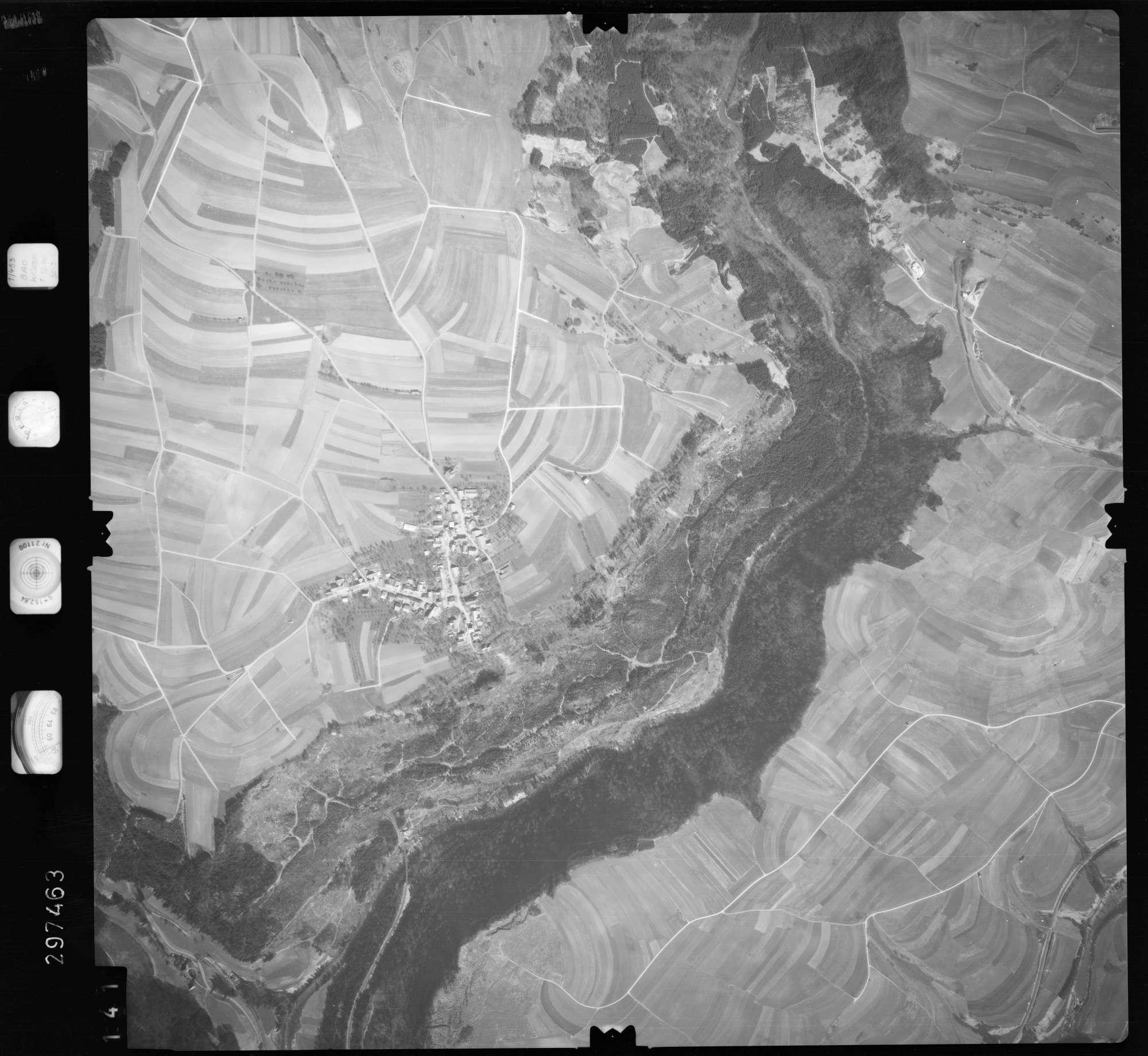 Luftbild: Film 66 Bildnr. 141, Bild 1