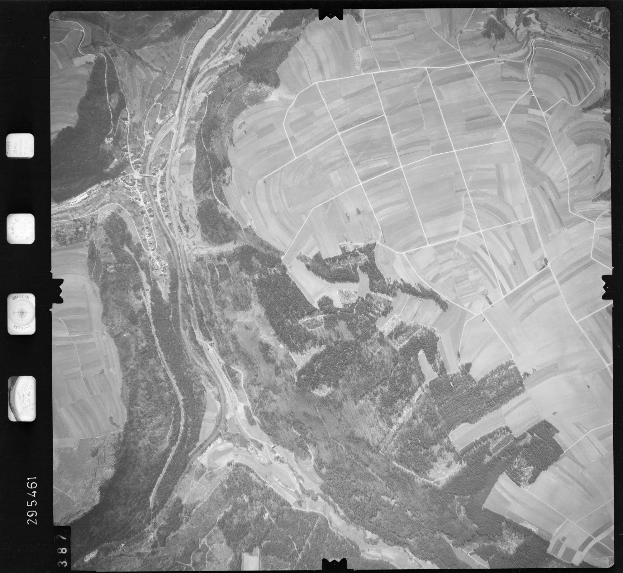 Luftbild: Film 69 Bildnr. 387, Bild 1