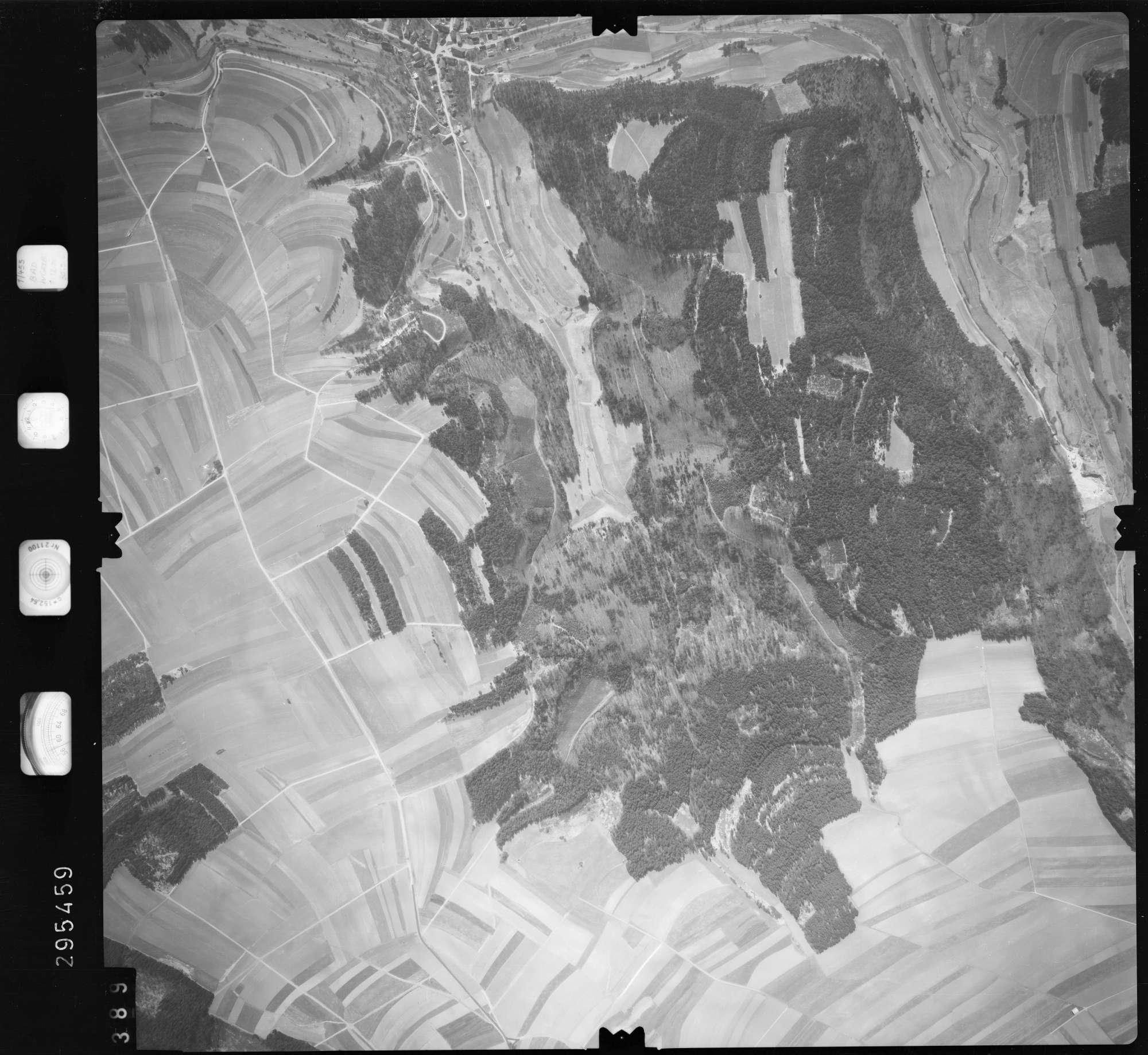 Luftbild: Film 69 Bildnr. 389, Bild 1