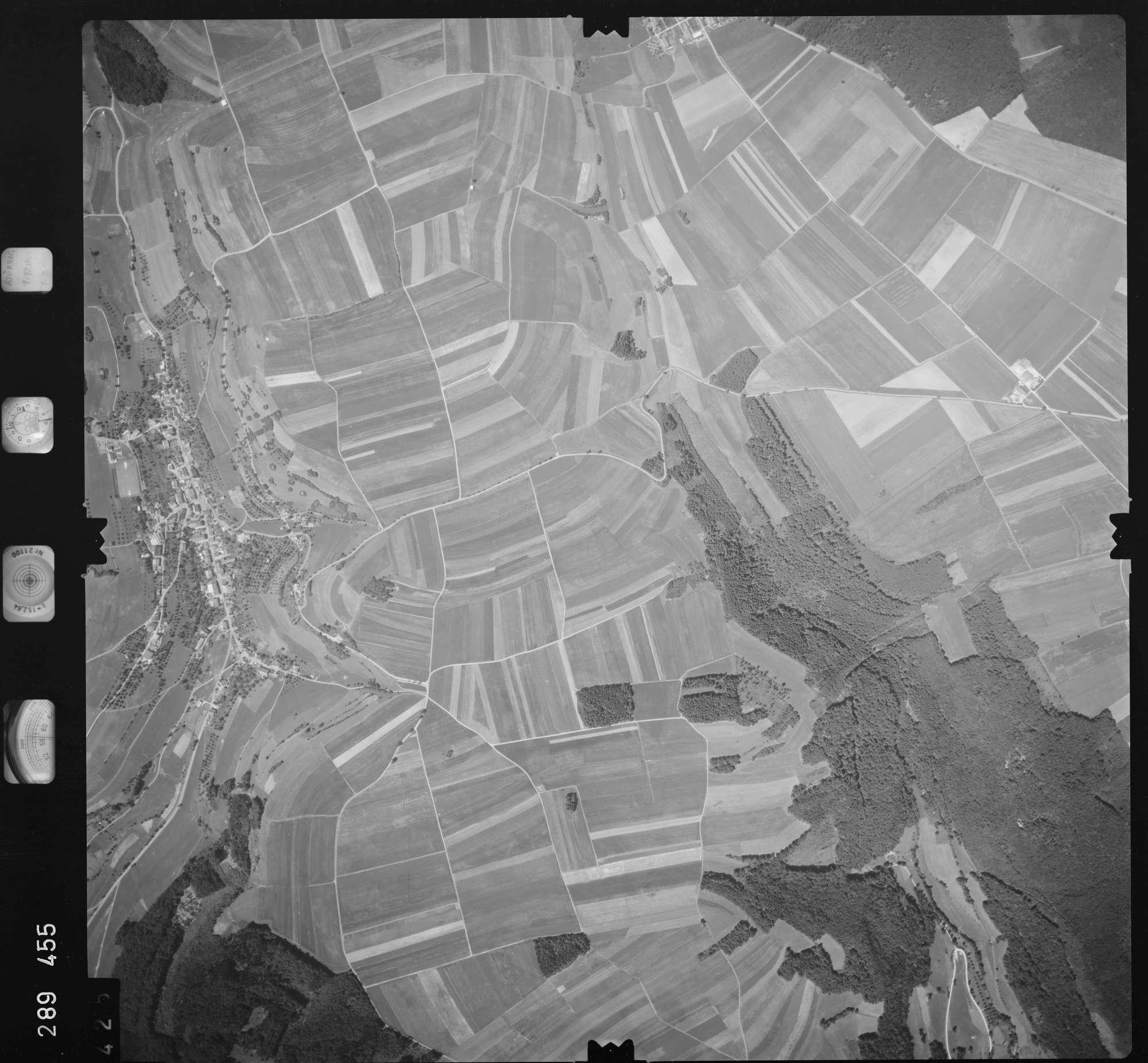 Luftbild: Film 72 Bildnr. 425, Bild 1