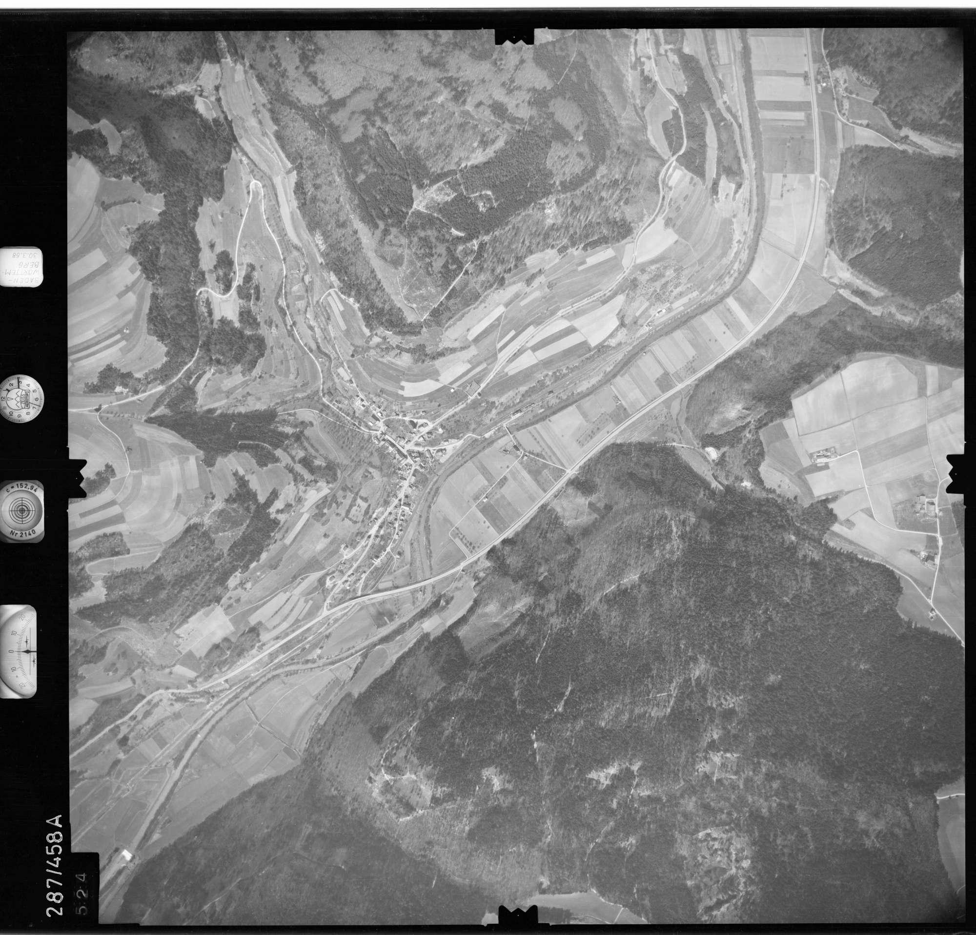 Luftbild: Film 79 Bildnr. 524, Bild 1