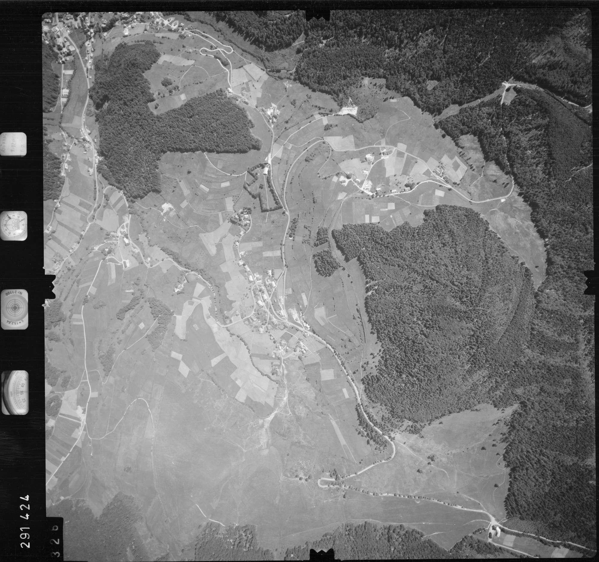 Luftbild: Film 68 Bildnr. 326, Bild 1