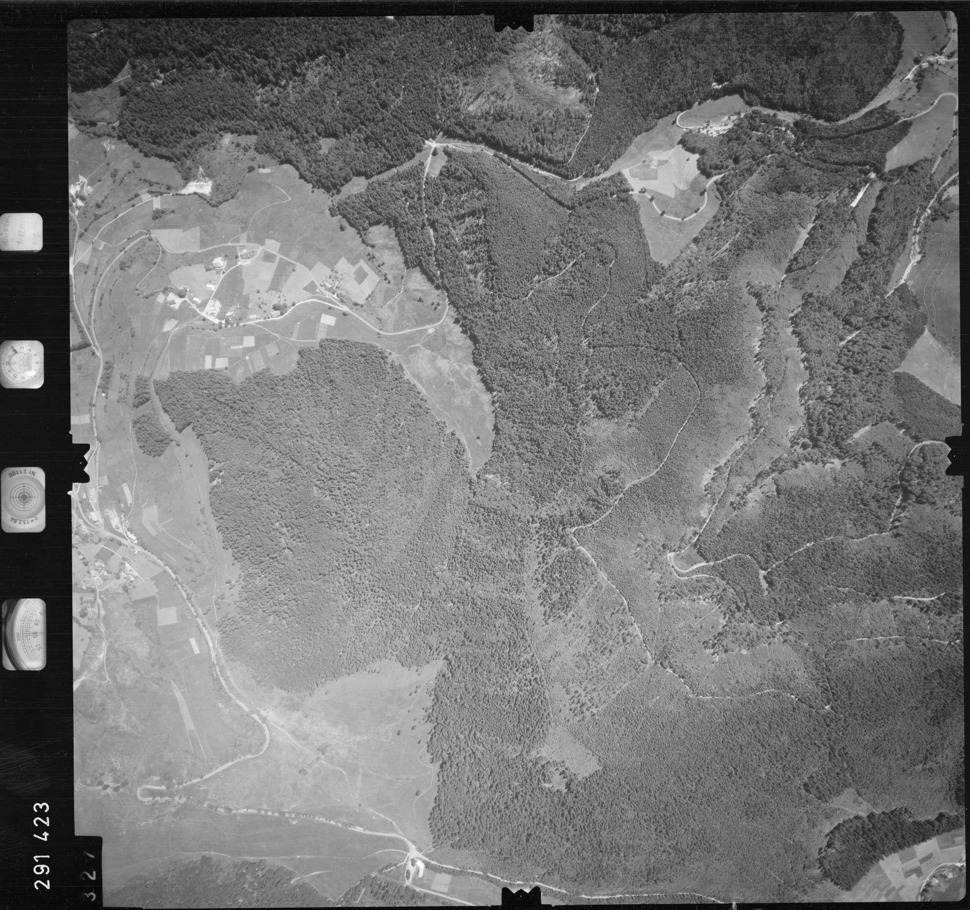 Luftbild: Film 68 Bildnr. 327, Bild 1
