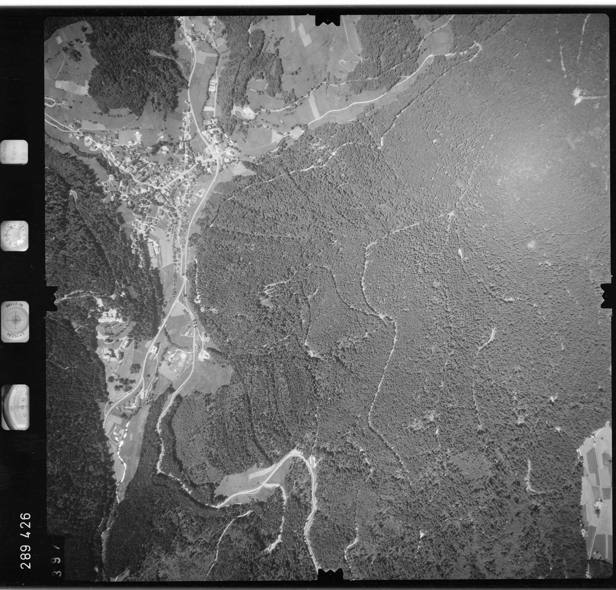 Luftbild: Film 72 Bildnr. 397, Bild 1