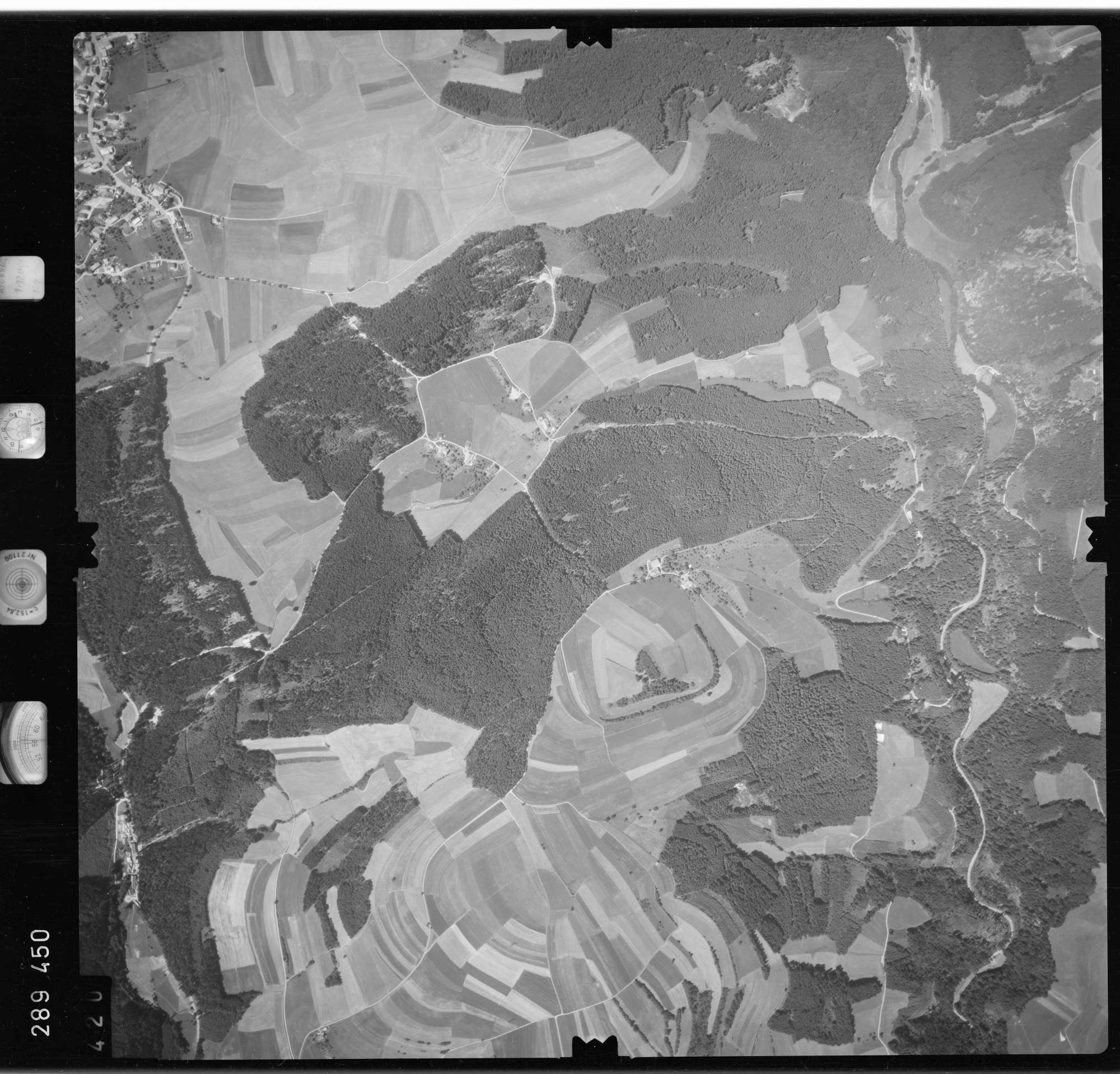 Luftbild: Film 72 Bildnr. 420, Bild 1
