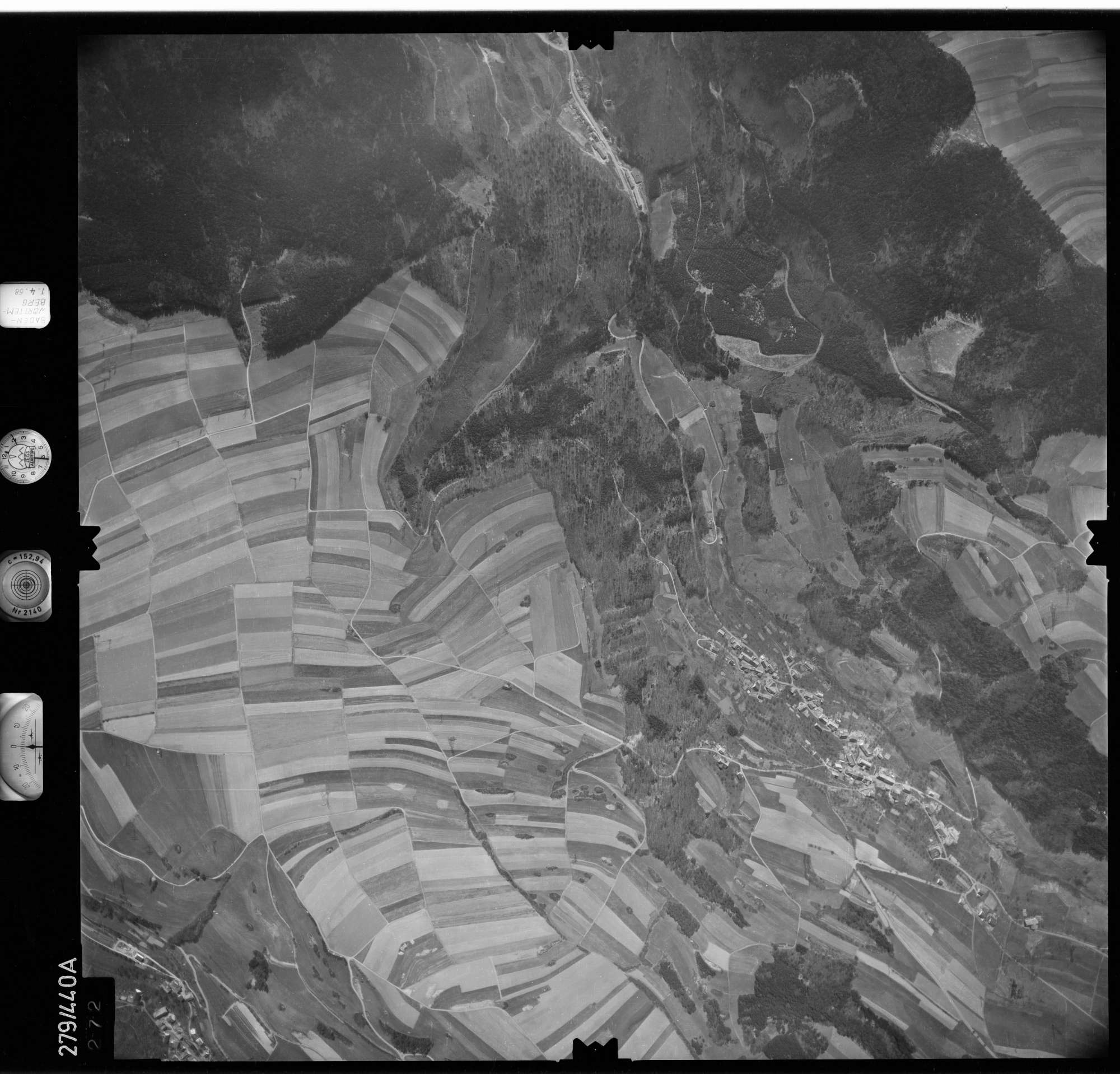 Luftbild: Film 78 Bildnr. 272, Bild 1