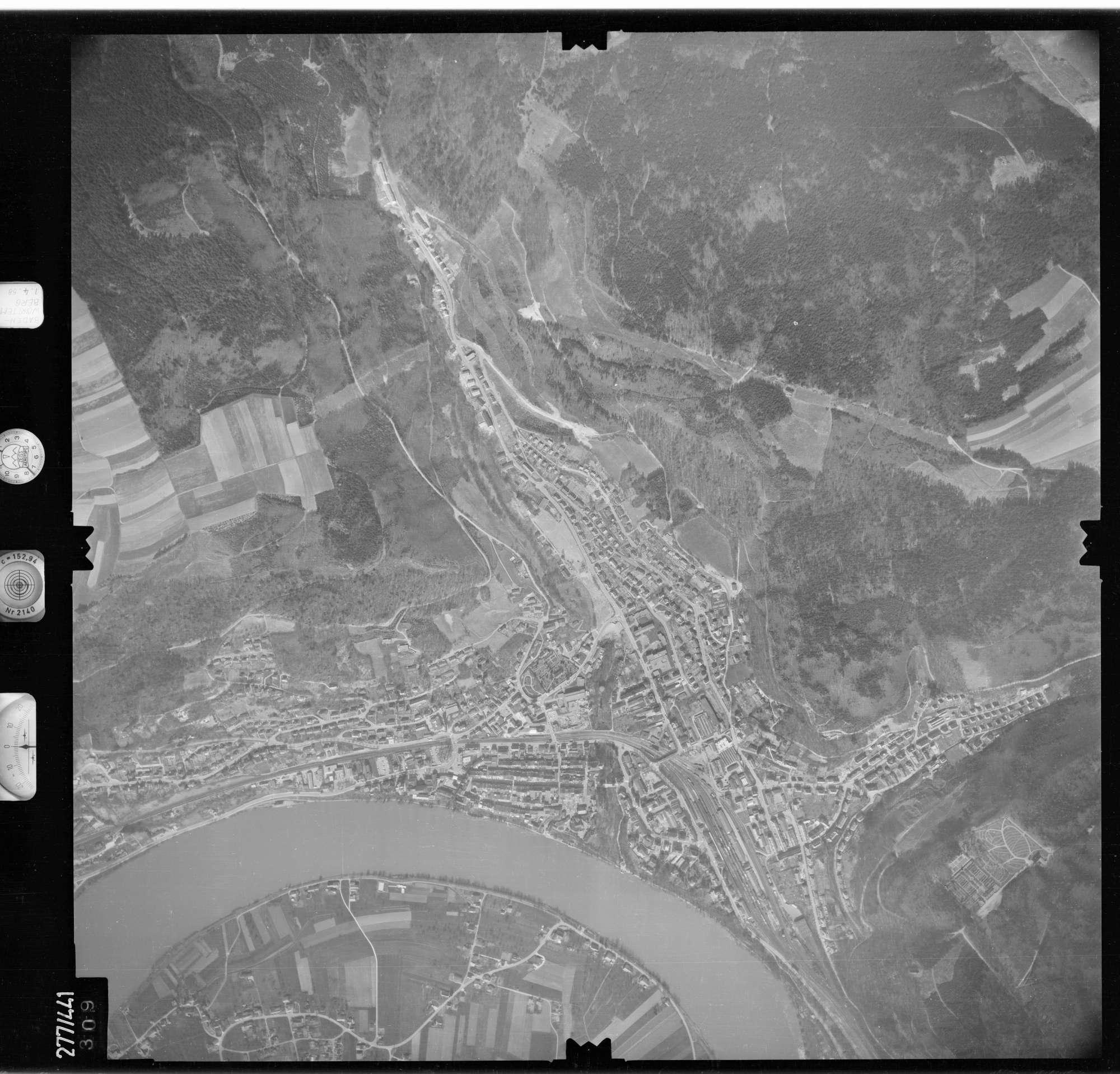 Luftbild: Film 81 Bildnr. 309, Bild 1