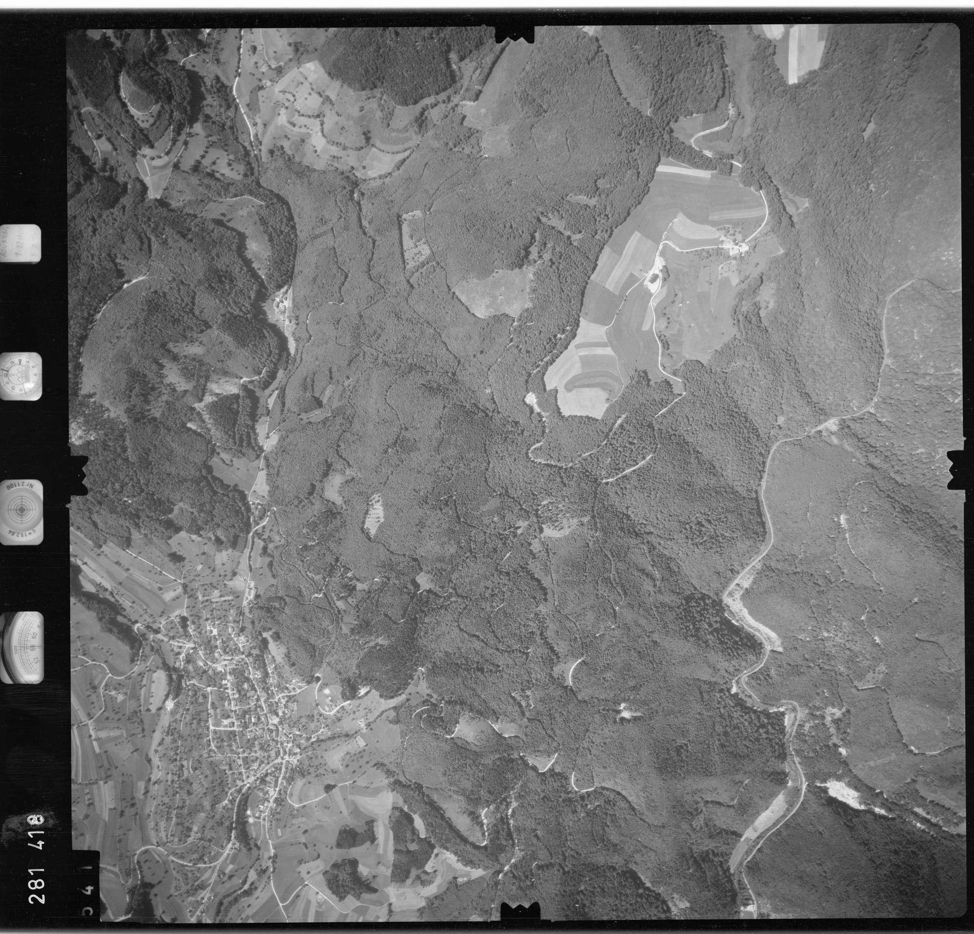 Luftbild: Film 72 Bildnr. 541, Bild 1