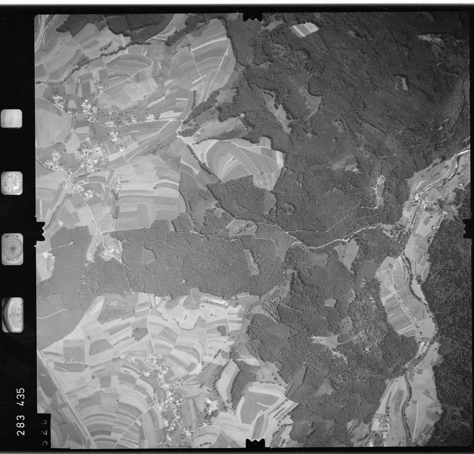 Luftbild: Film 72 Bildnr. 520, Bild 1