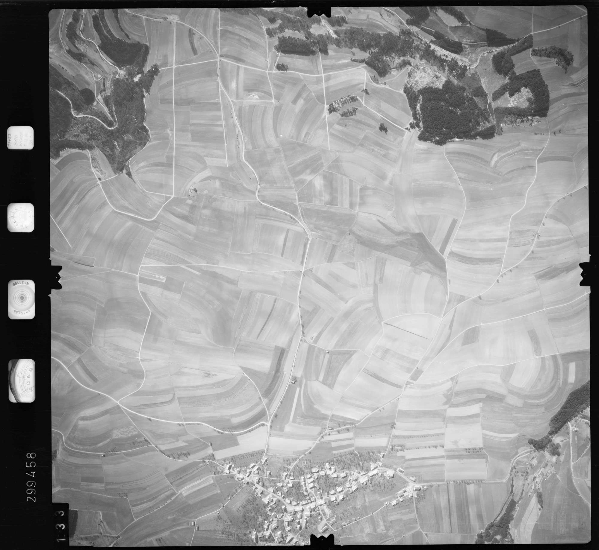 Luftbild: Film 66 Bildnr. 133, Bild 1