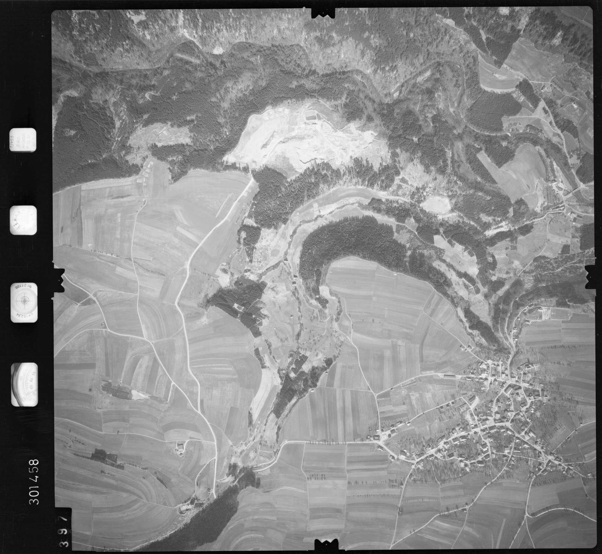 Luftbild: Film 69 Bildnr. 397, Bild 1