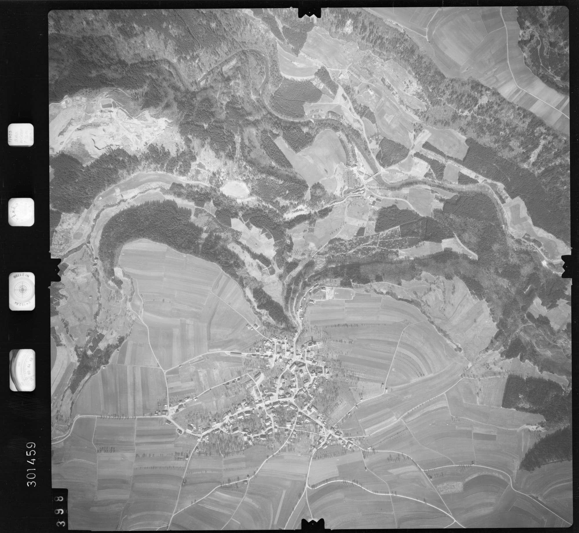 Luftbild: Film 69 Bildnr. 398, Bild 1