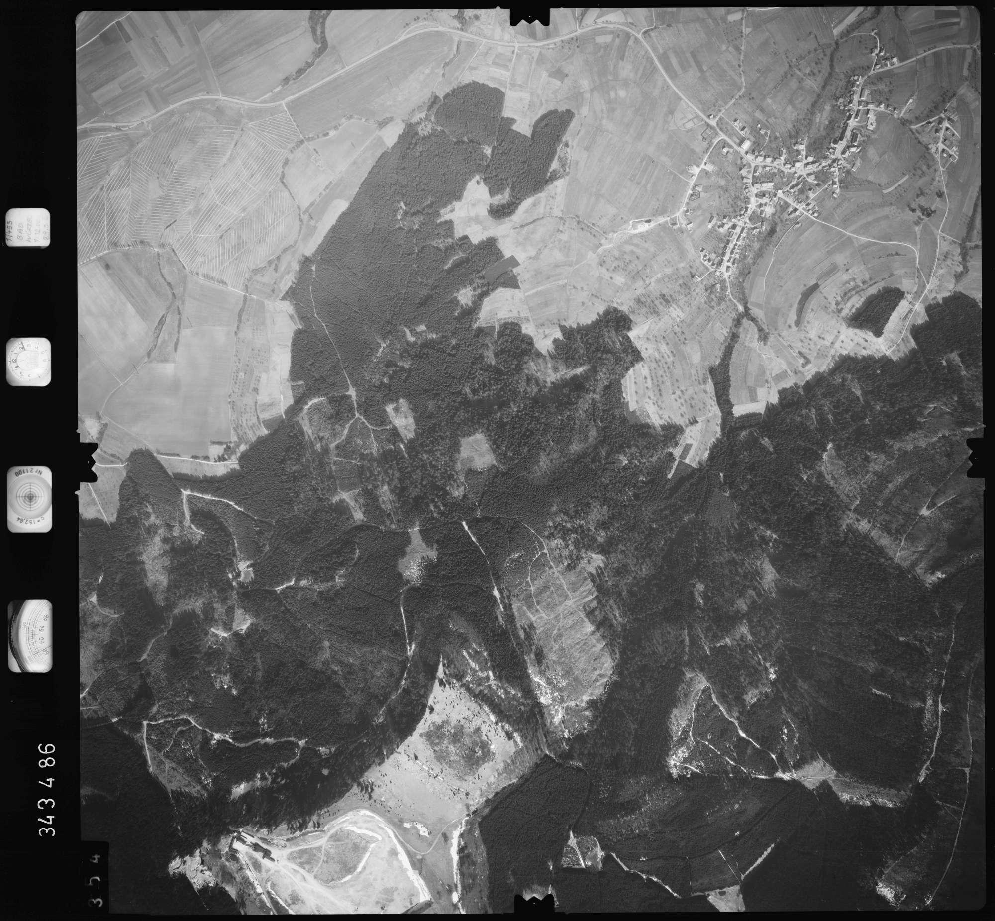 Luftbild: Film 46 Bildnr. 354, Bild 1