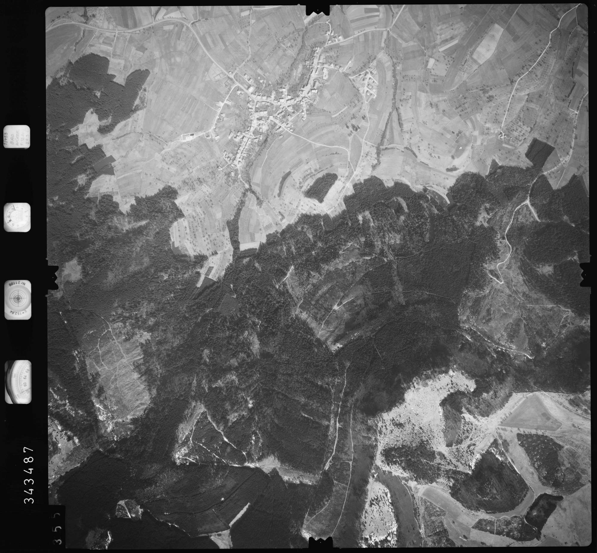 Luftbild: Film 46 Bildnr. 355, Bild 1
