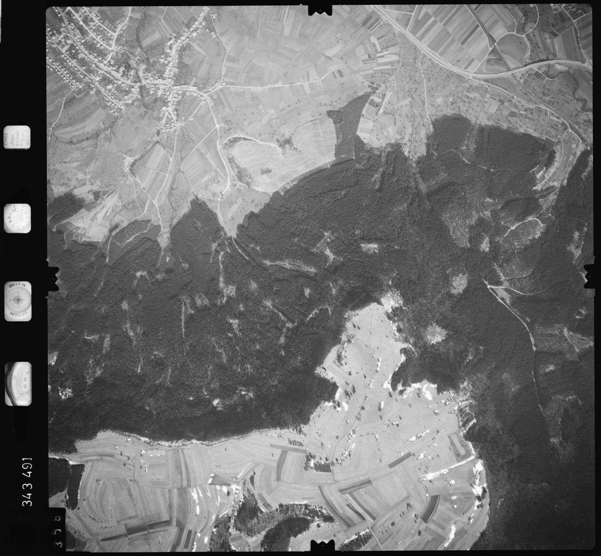 Luftbild: Film 46 Bildnr. 358, Bild 1