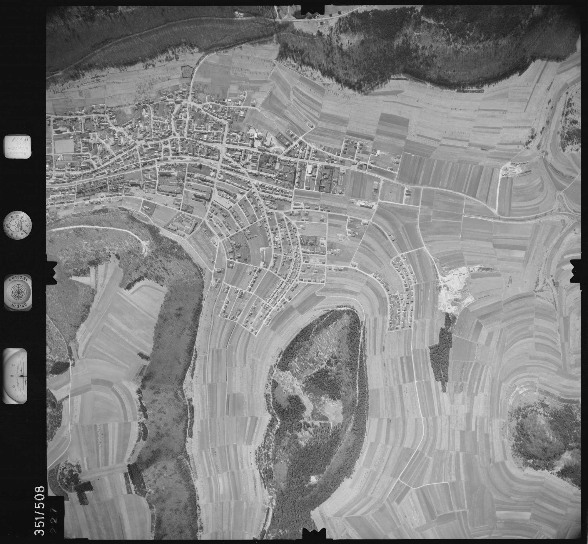 Luftbild: Film 105 Bildnr. 227, Bild 1