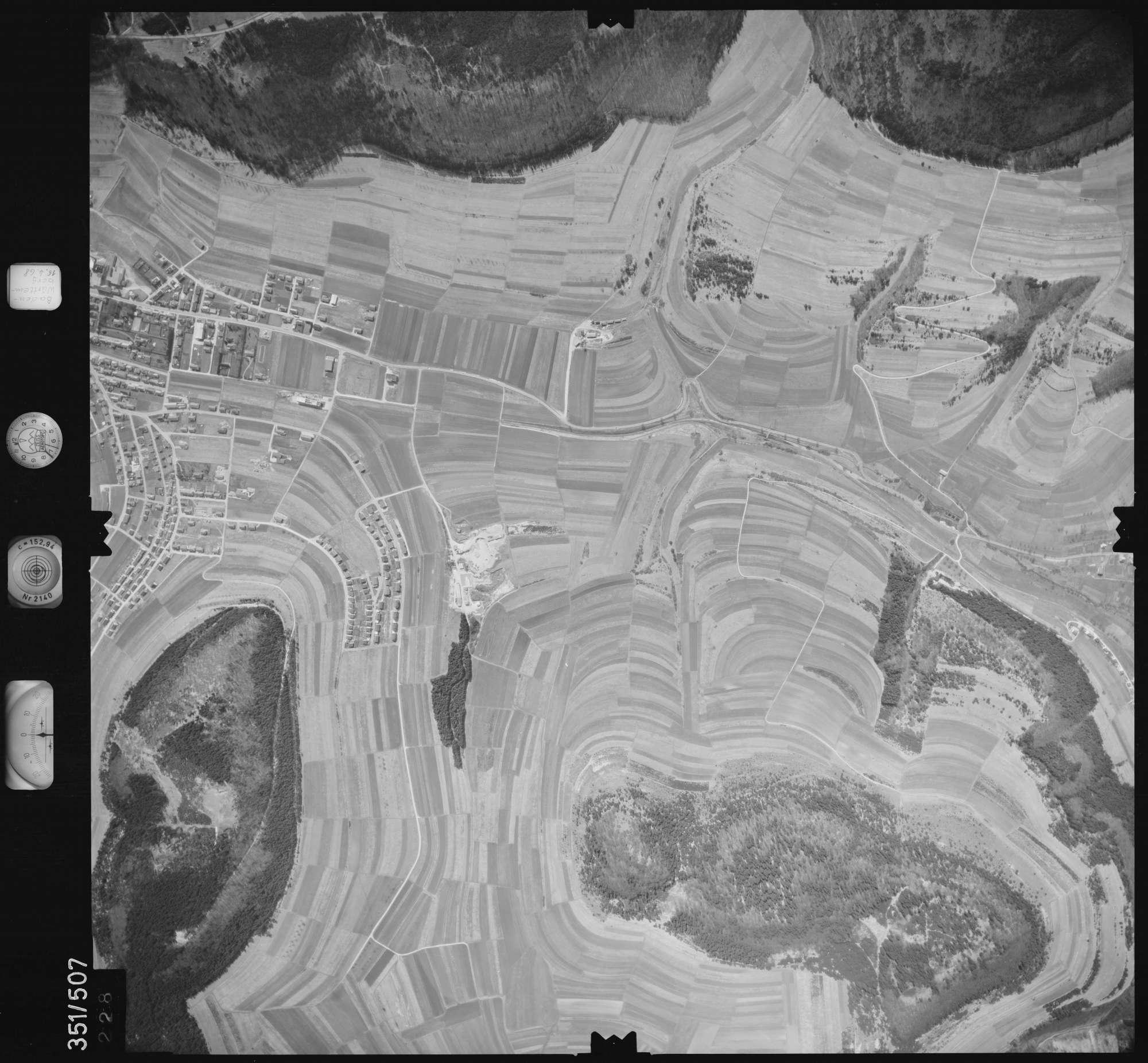 Luftbild: Film 105 Bildnr. 228, Bild 1