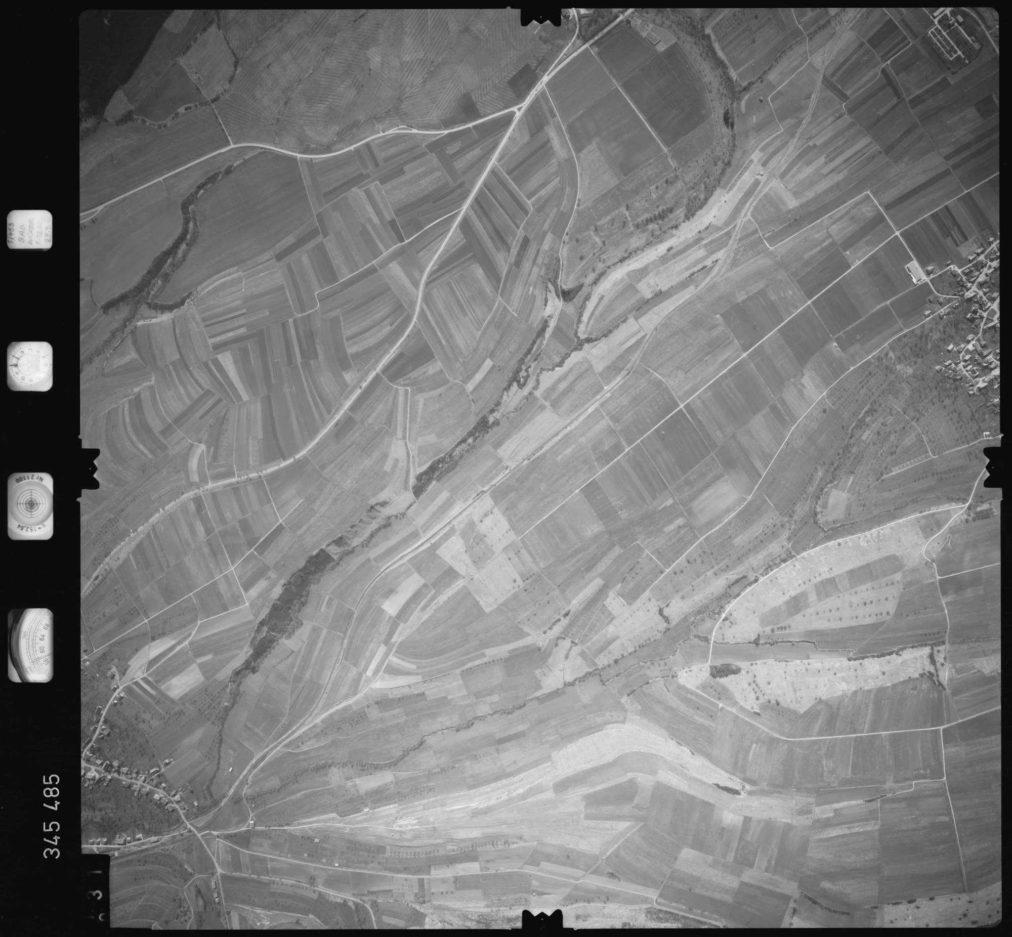 Luftbild: Film 44 Bildnr. 31, Bild 1