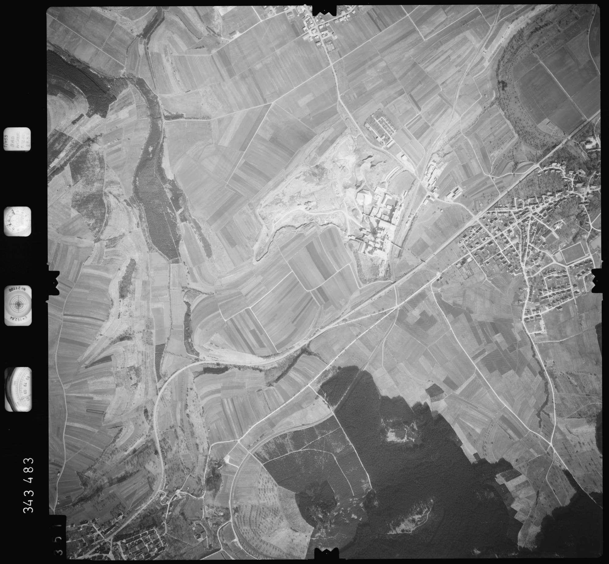Luftbild: Film 46 Bildnr. 351, Bild 1