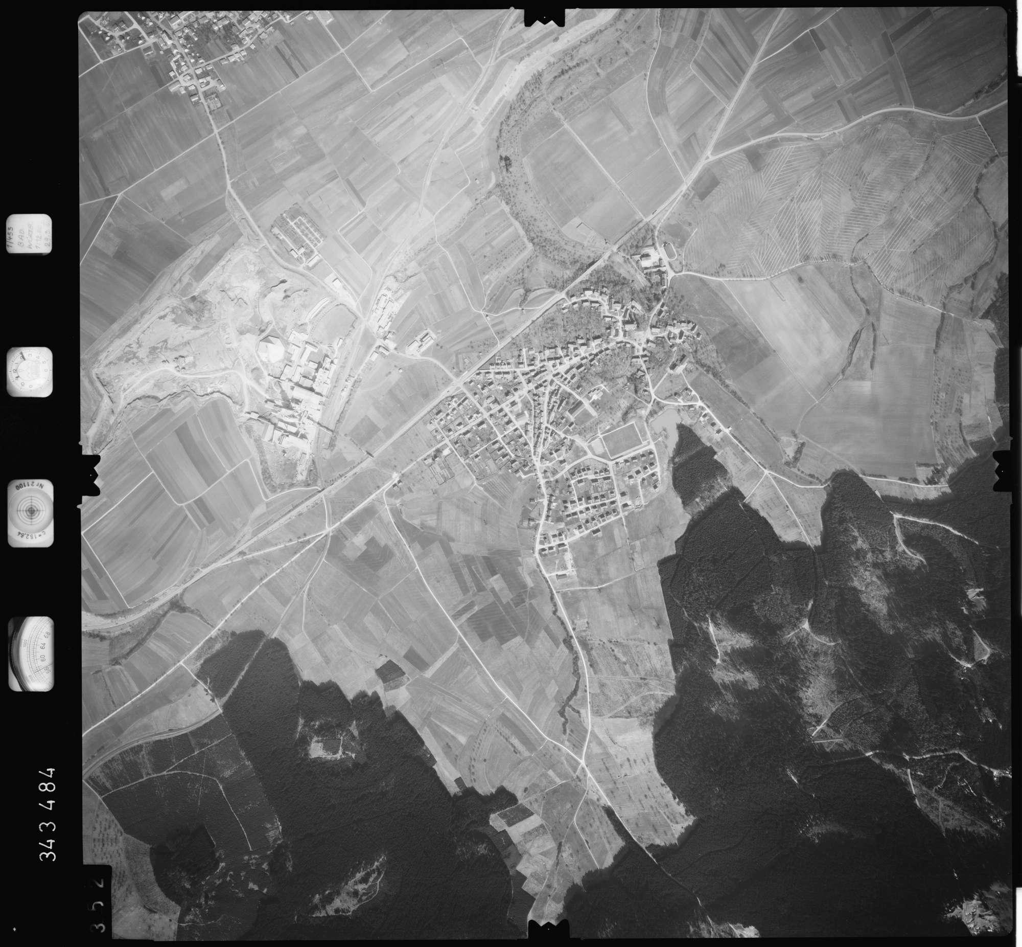Luftbild: Film 46 Bildnr. 352, Bild 1