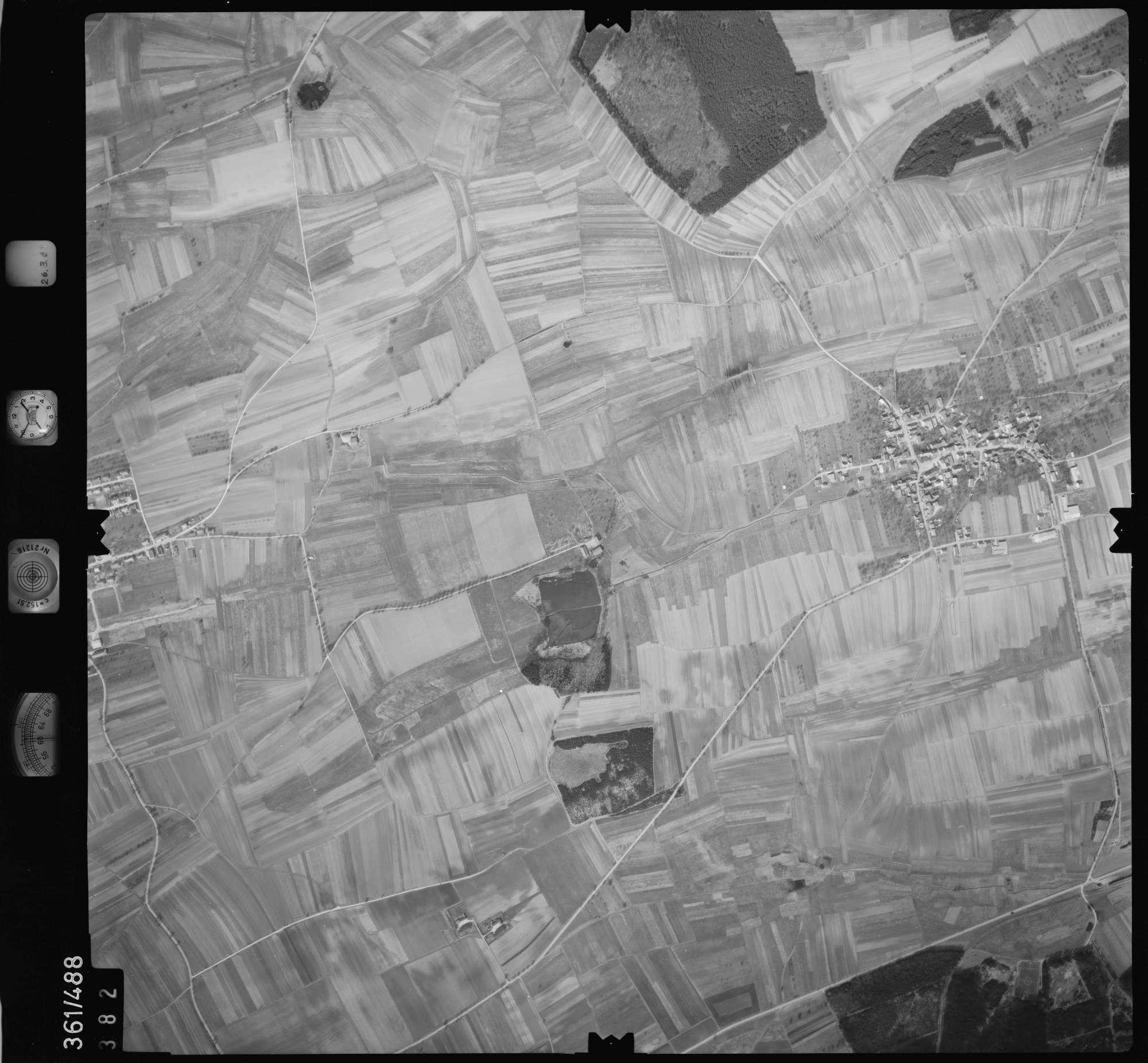 Luftbild: Film 20 Bildnr. 382, Bild 1