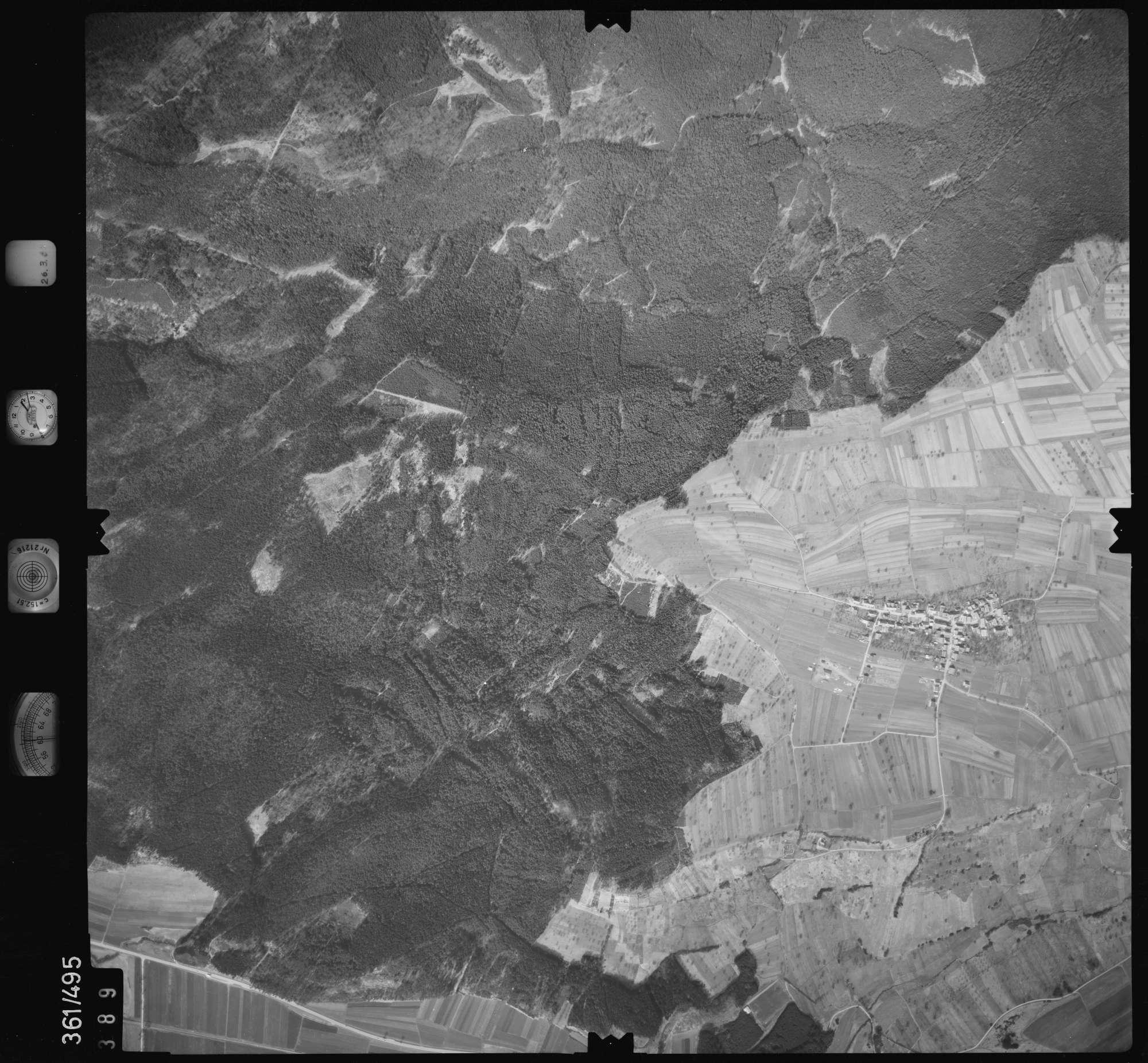 Luftbild: Film 20 Bildnr. 389, Bild 1