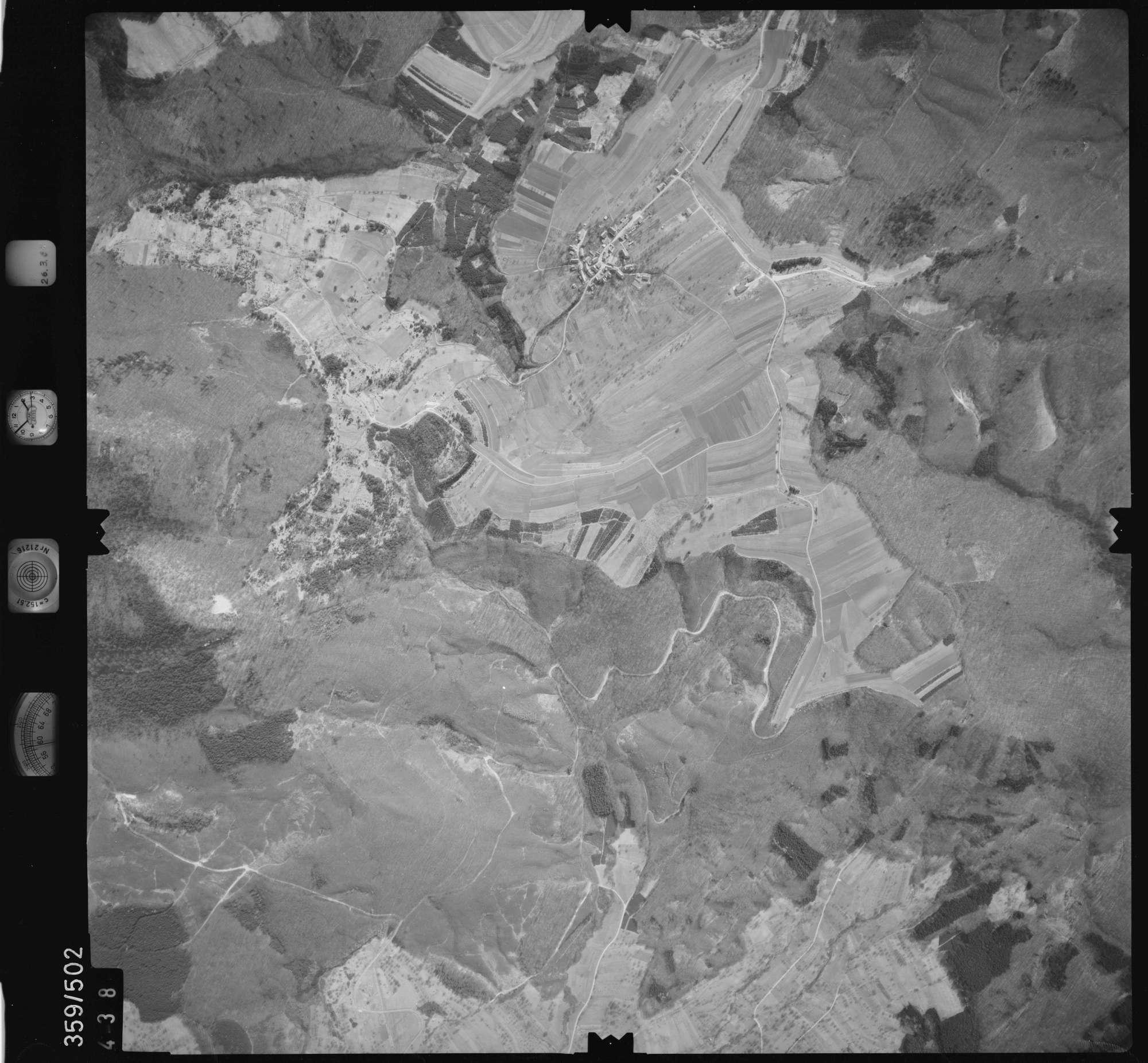 Luftbild: Film 20 Bildnr. 438, Bild 1