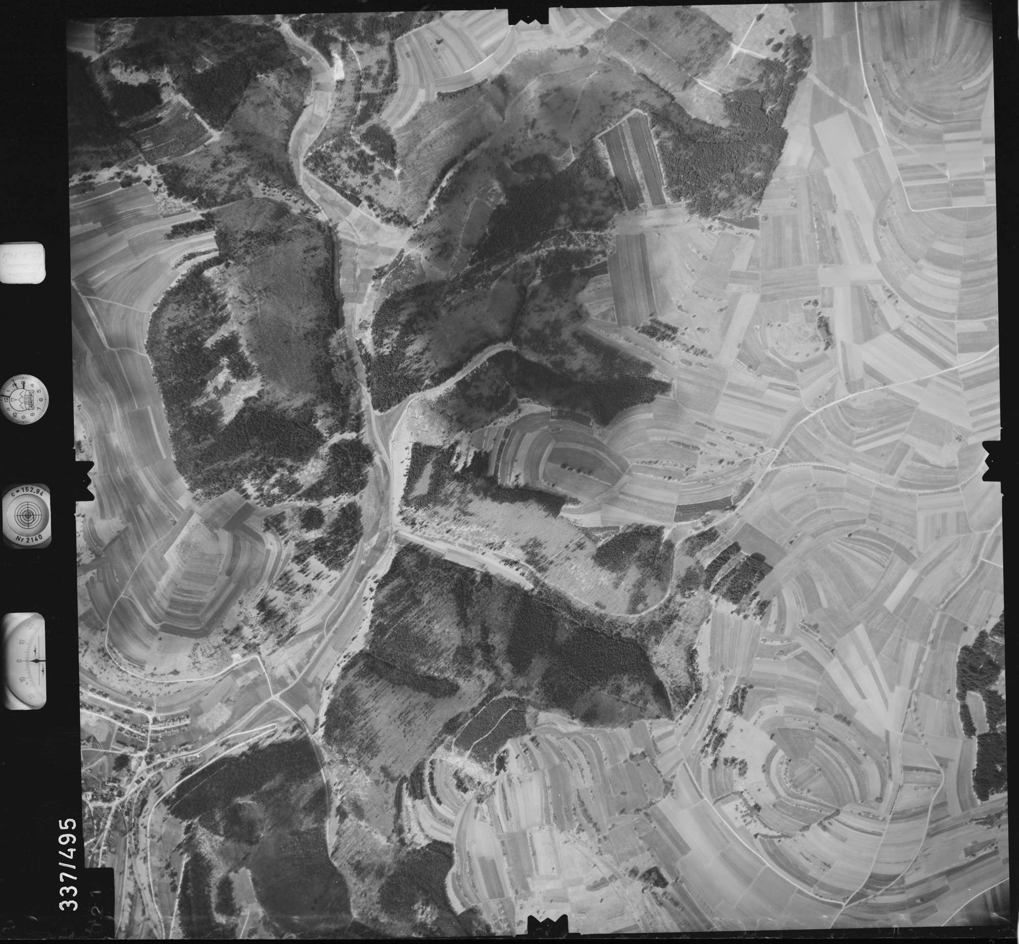 Luftbild: Film 18 Bildnr. 21, Bild 1
