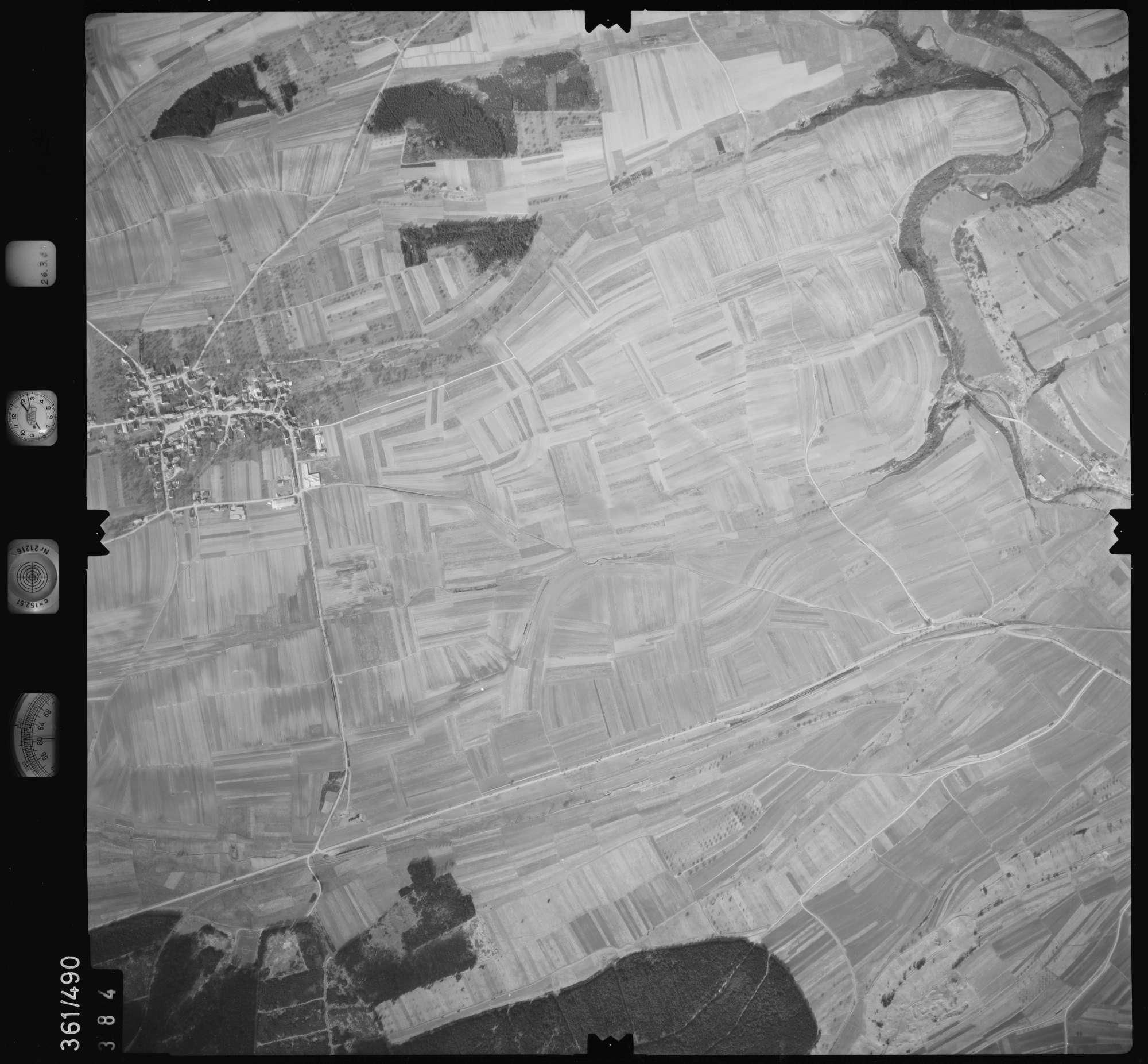 Luftbild: Film 20 Bildnr. 384, Bild 1