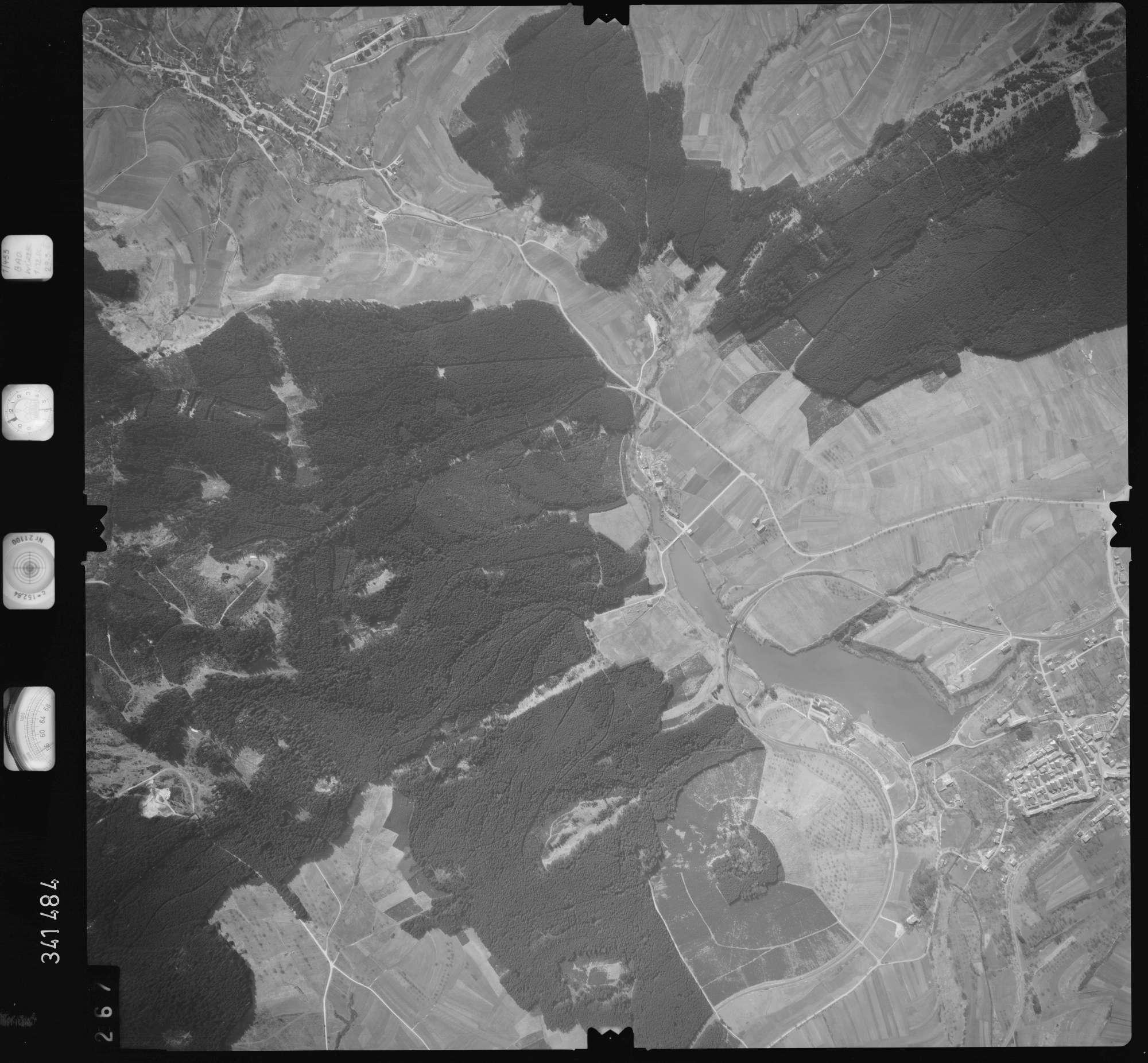 Luftbild: Film 50 Bildnr. 267, Bild 1
