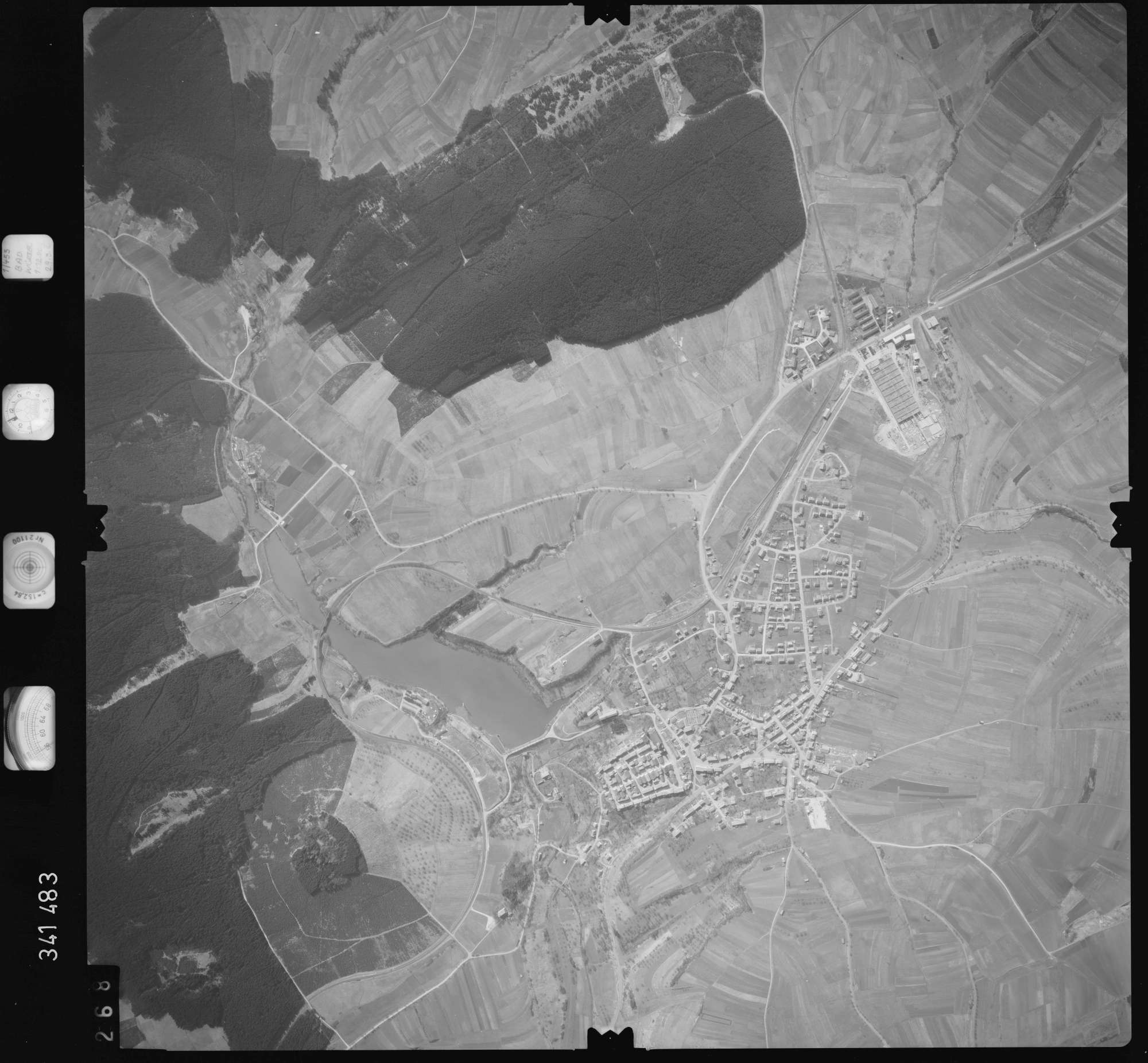 Luftbild: Film 50 Bildnr. 268, Bild 1