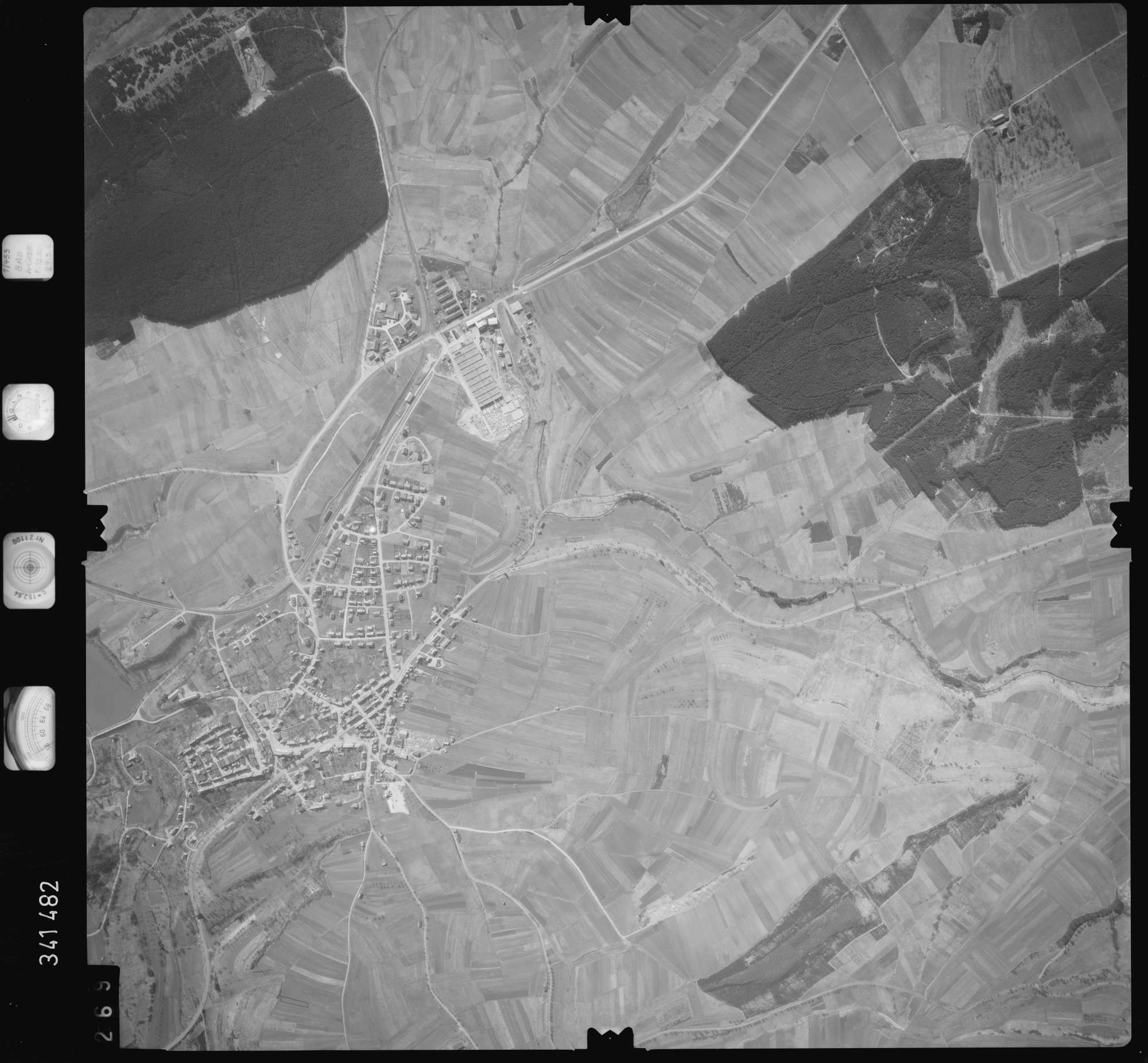 Luftbild: Film 50 Bildnr. 269, Bild 1