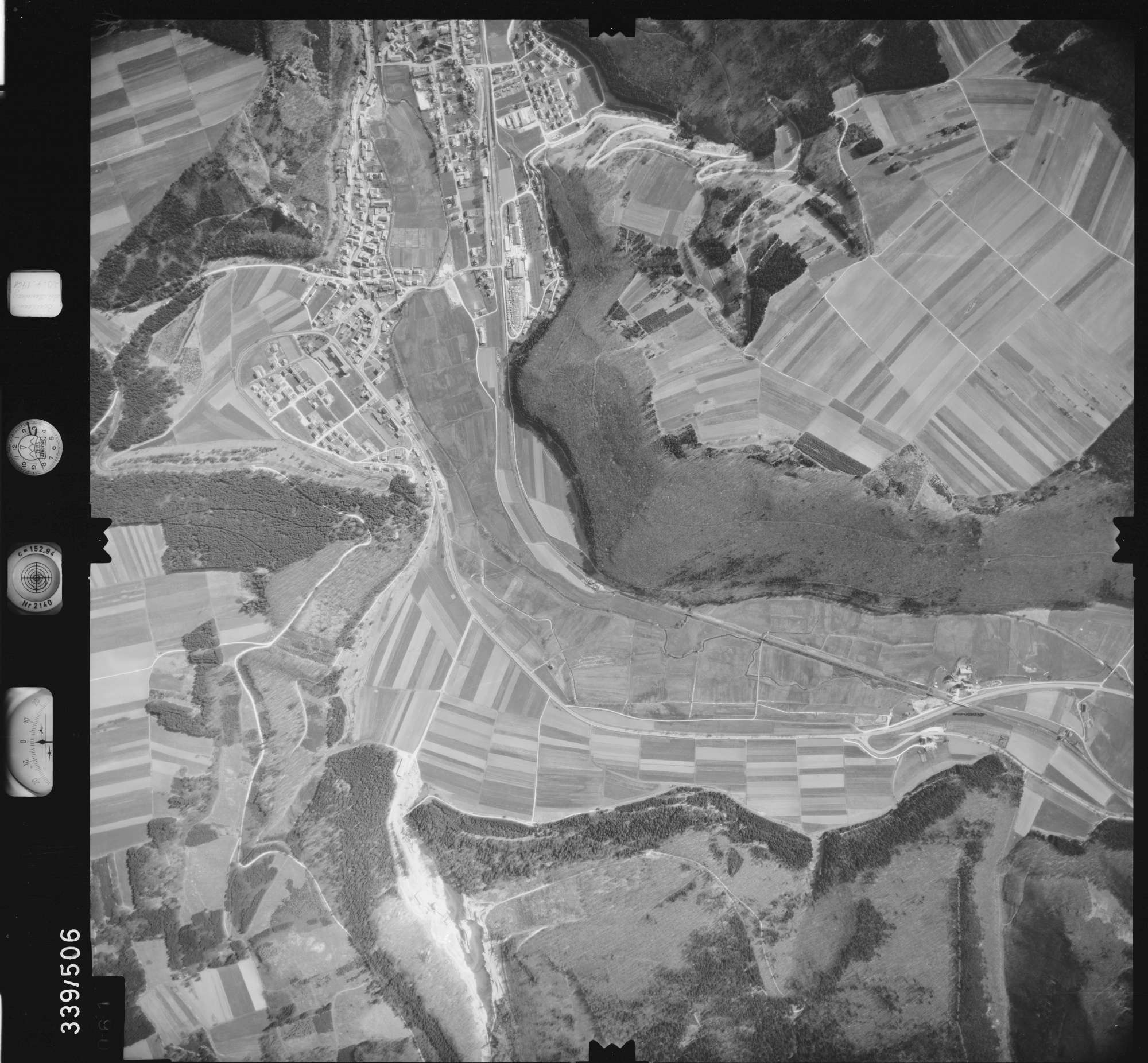 Luftbild: Film 18 Bildnr. 61, Bild 1