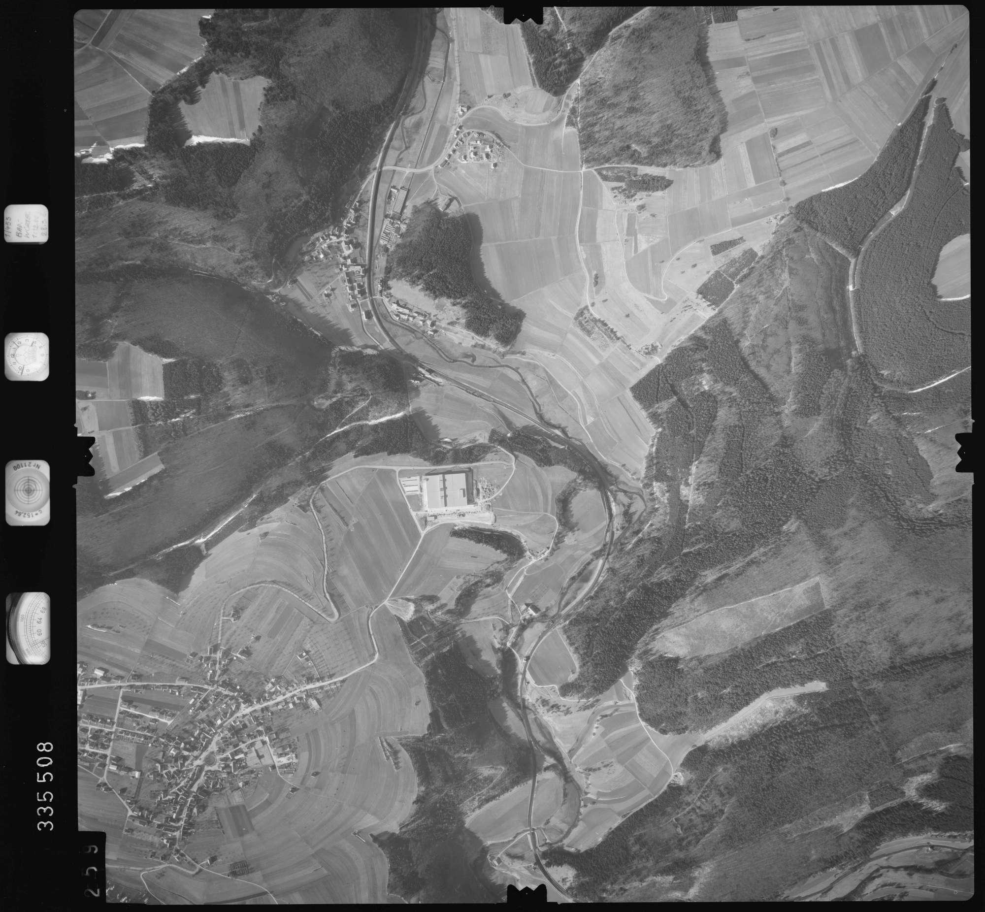 Luftbild: Film 51 Bildnr. 259, Bild 1