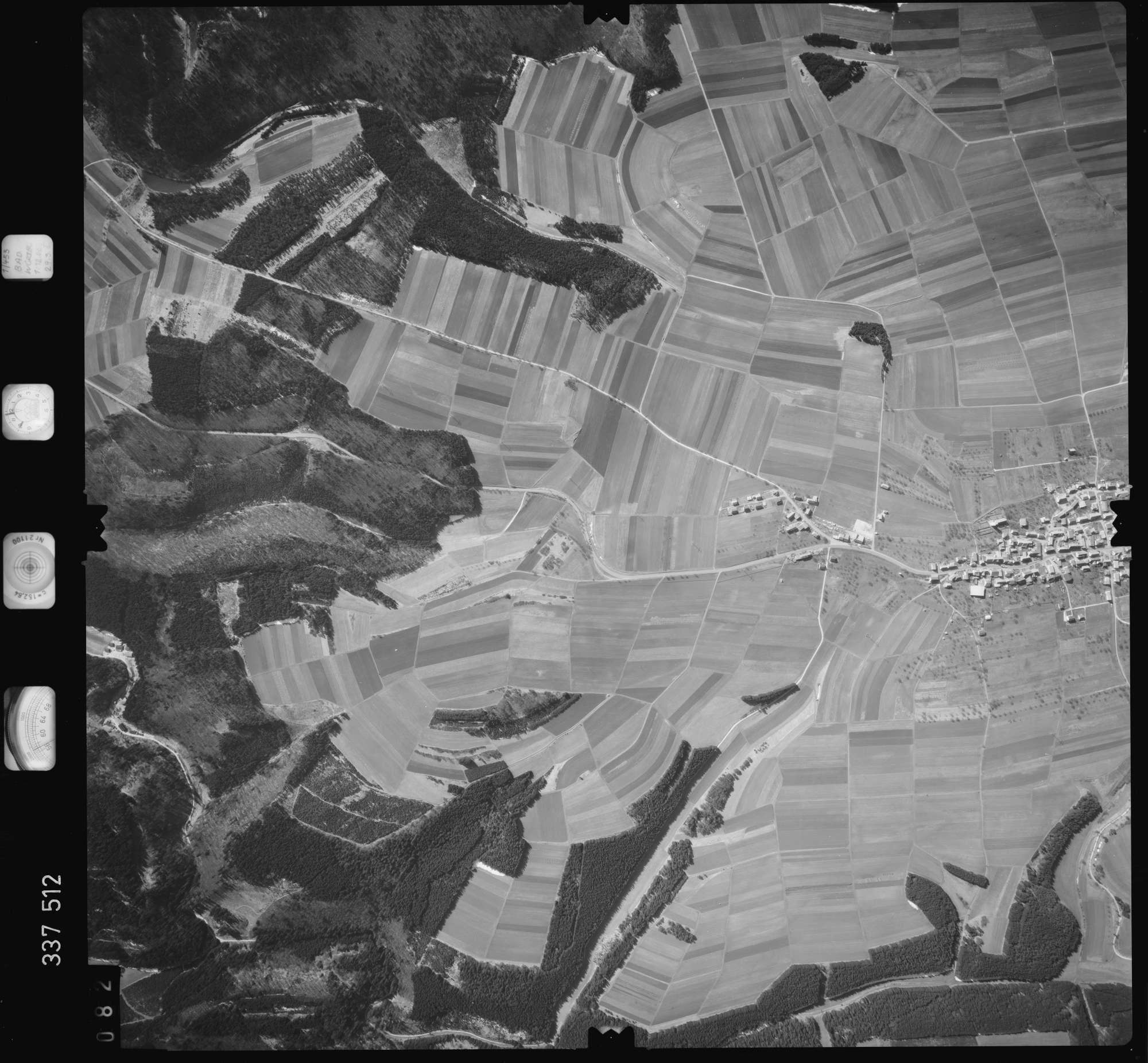 Luftbild: Film 50 Bildnr. 82, Bild 1