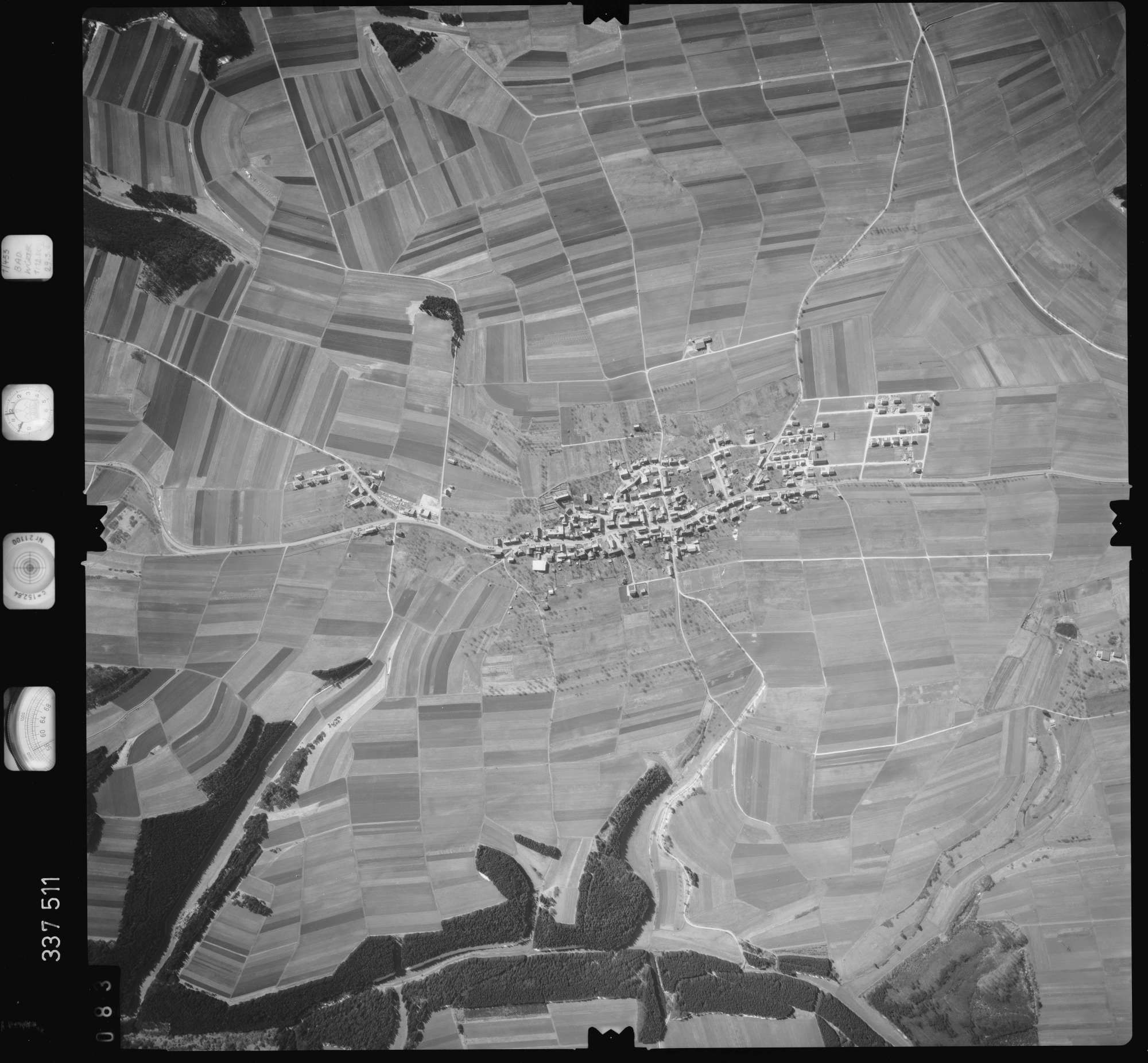Luftbild: Film 50 Bildnr. 83, Bild 1