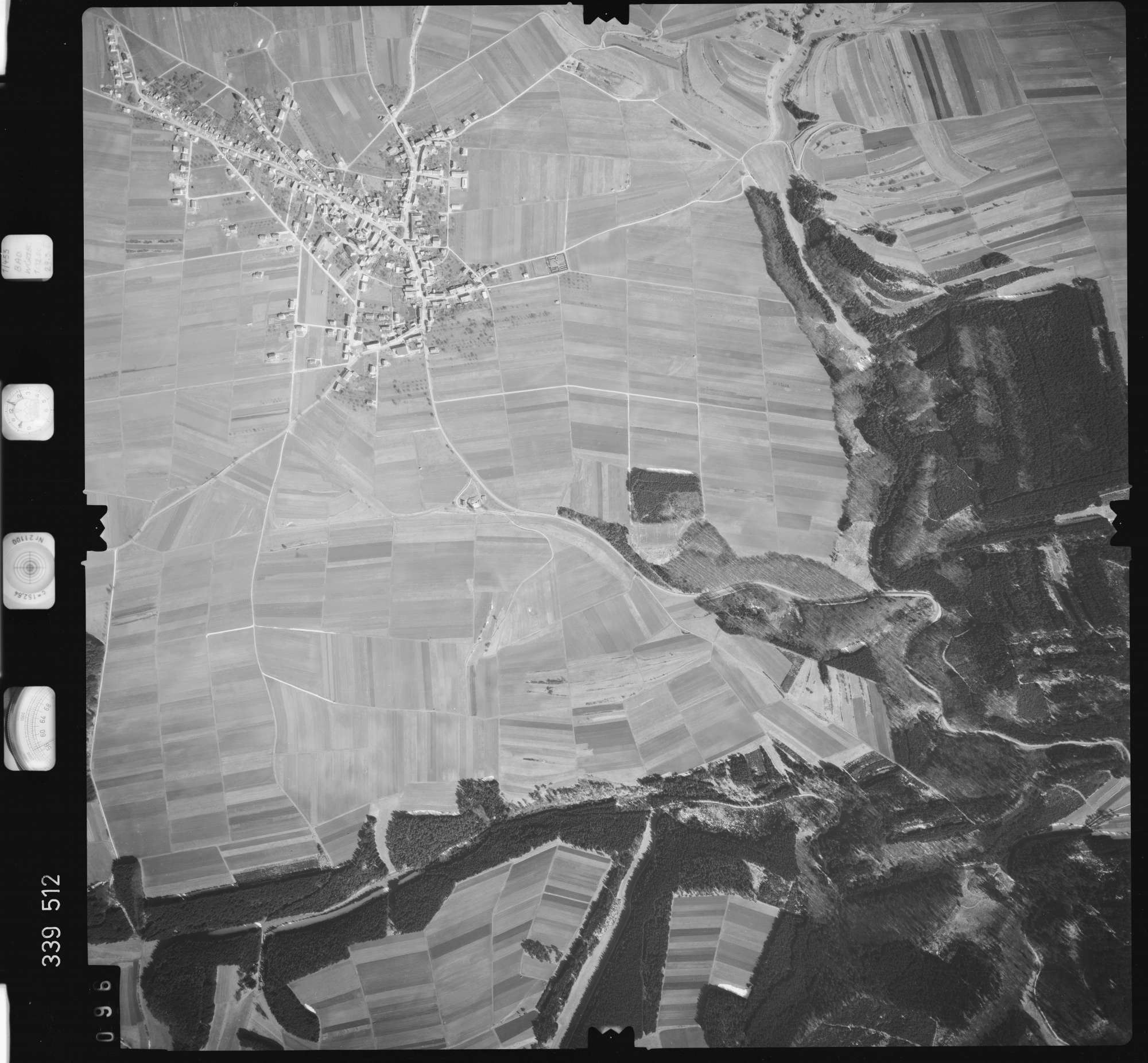 Luftbild: Film 50 Bildnr. 96, Bild 1