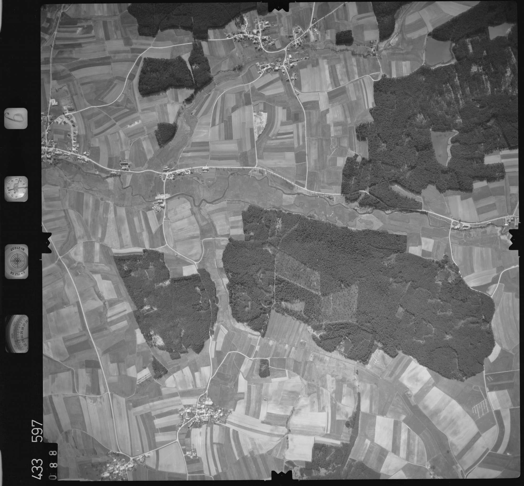 Luftbild: Film 6 Bildnr. 88, Bild 1