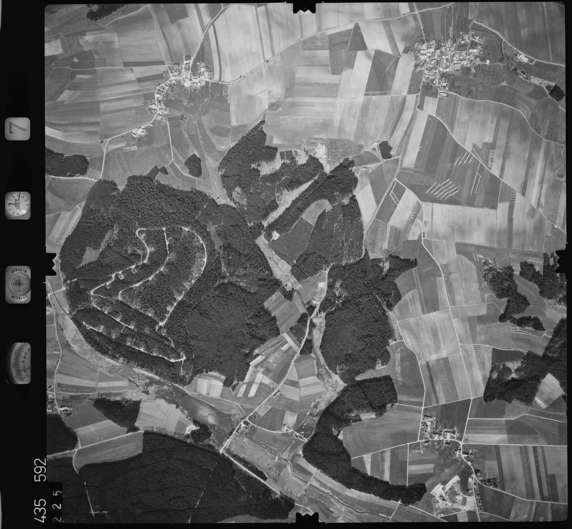 Luftbild: Film 7 Bildnr. 225, Bild 1