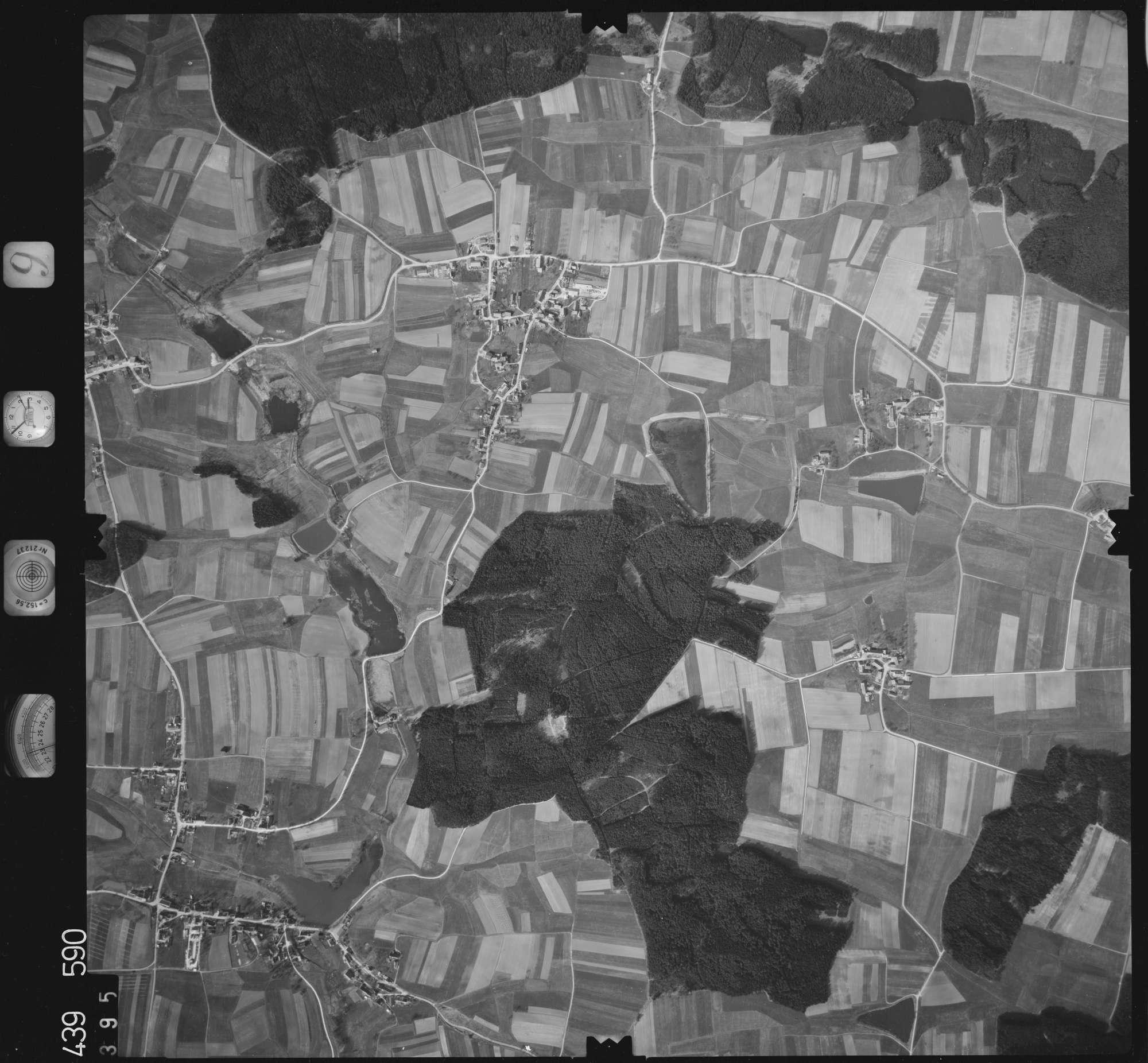 Luftbild: Film 9 Bildnr. 395, Bild 1