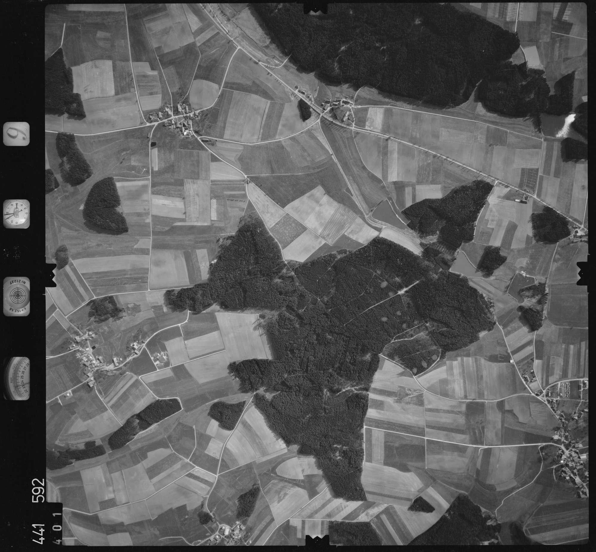 Luftbild: Film 10 Bildnr. 401, Bild 1
