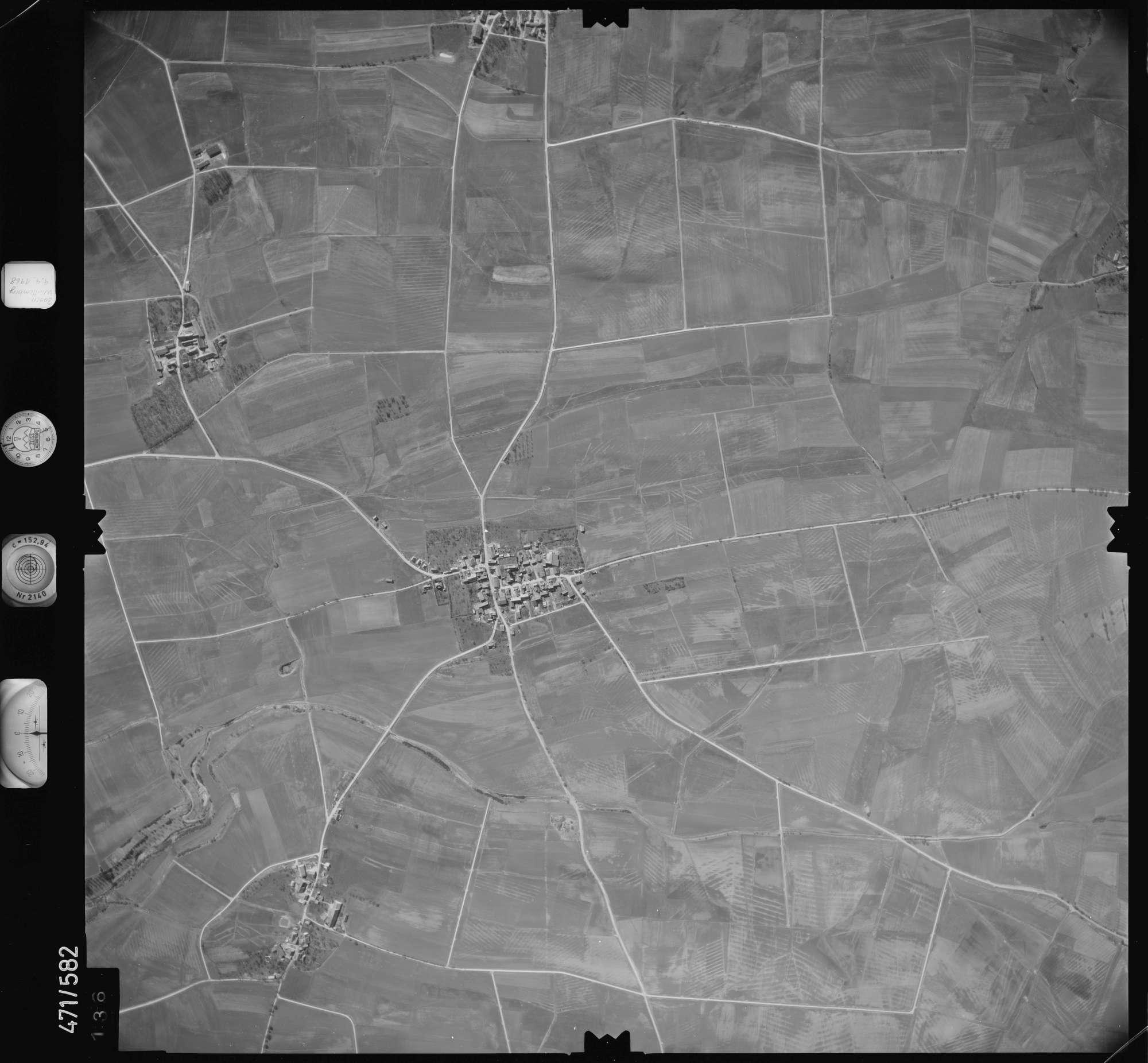Luftbild: Film 100 Bildnr. 136, Bild 1