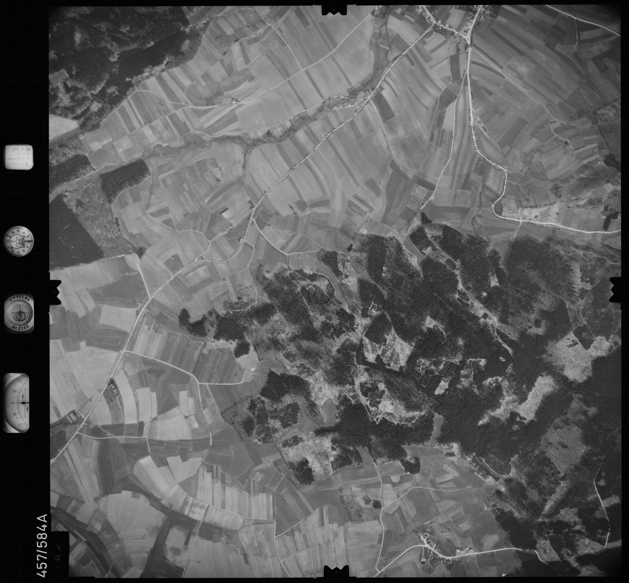 Luftbild: Film 105 Bildnr. 82, Bild 1